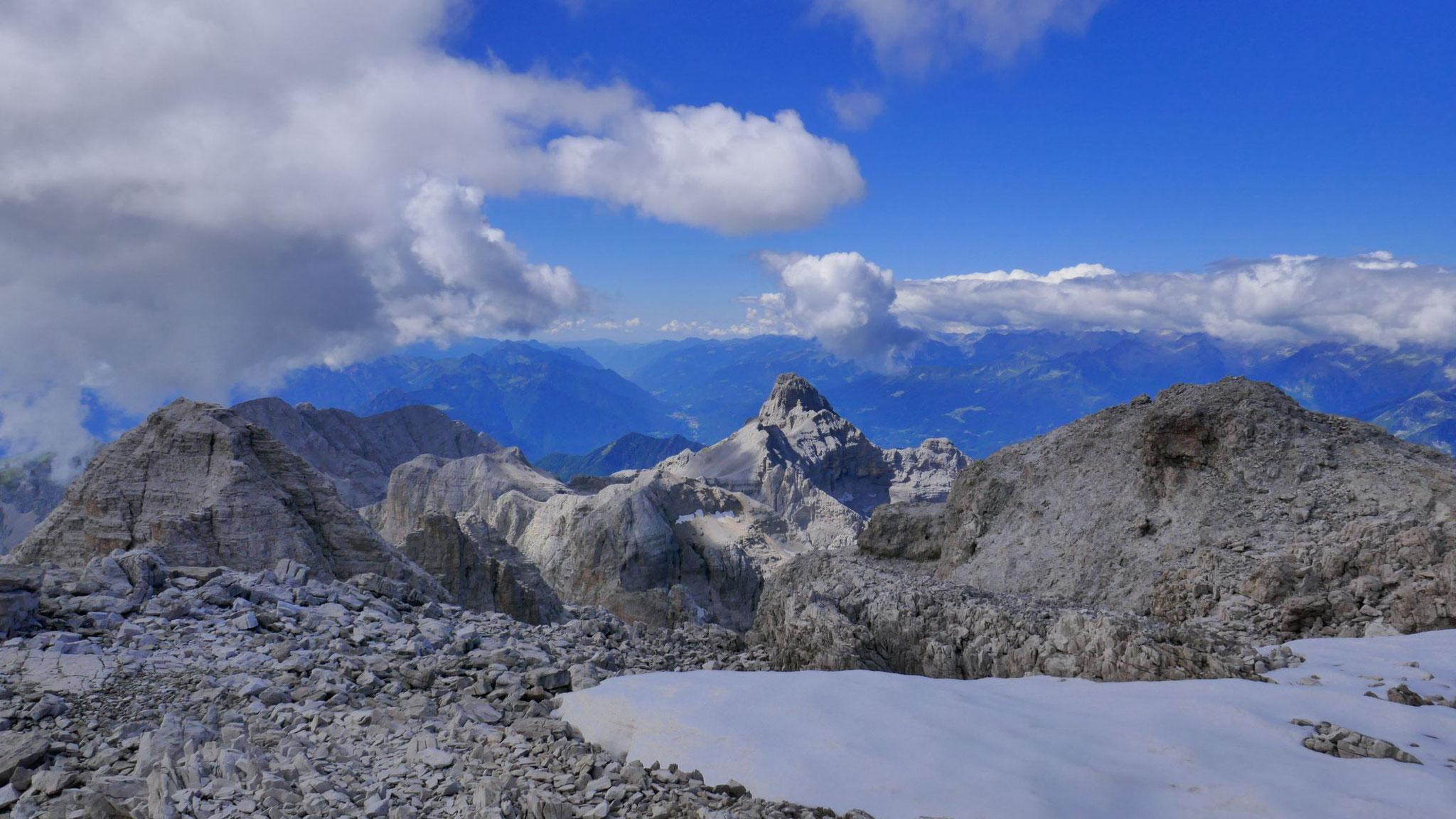 Über den Cima Vallon in die Gardaseeberge und in die Lombardei