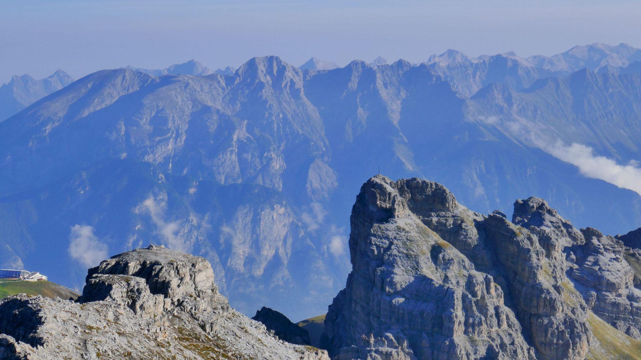 Steingrubenkogel vor der Inntalkette mit Solsteinen - Hohe Warte - Brandjochspitzen