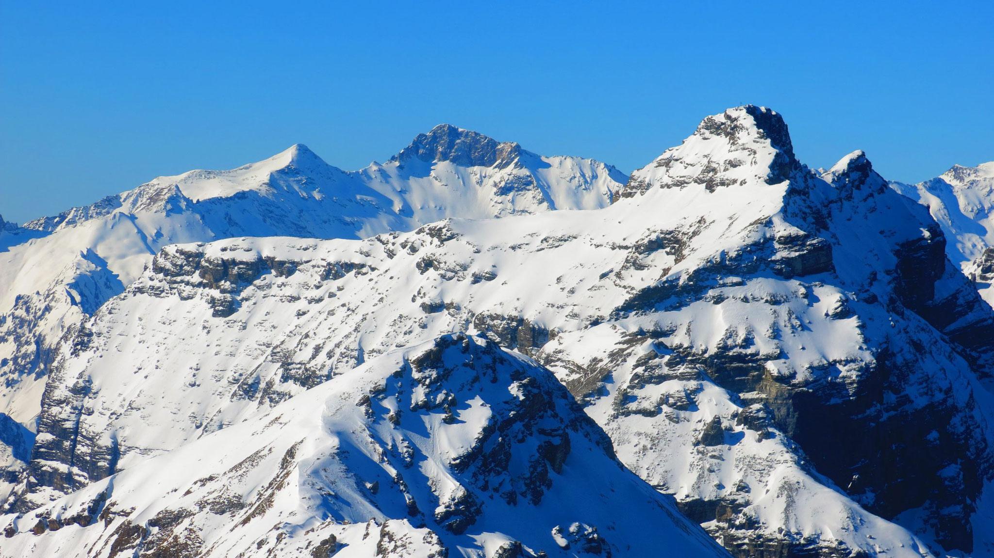 Kirchdachspitze, dahinter Hoher Zahn und Weißwand