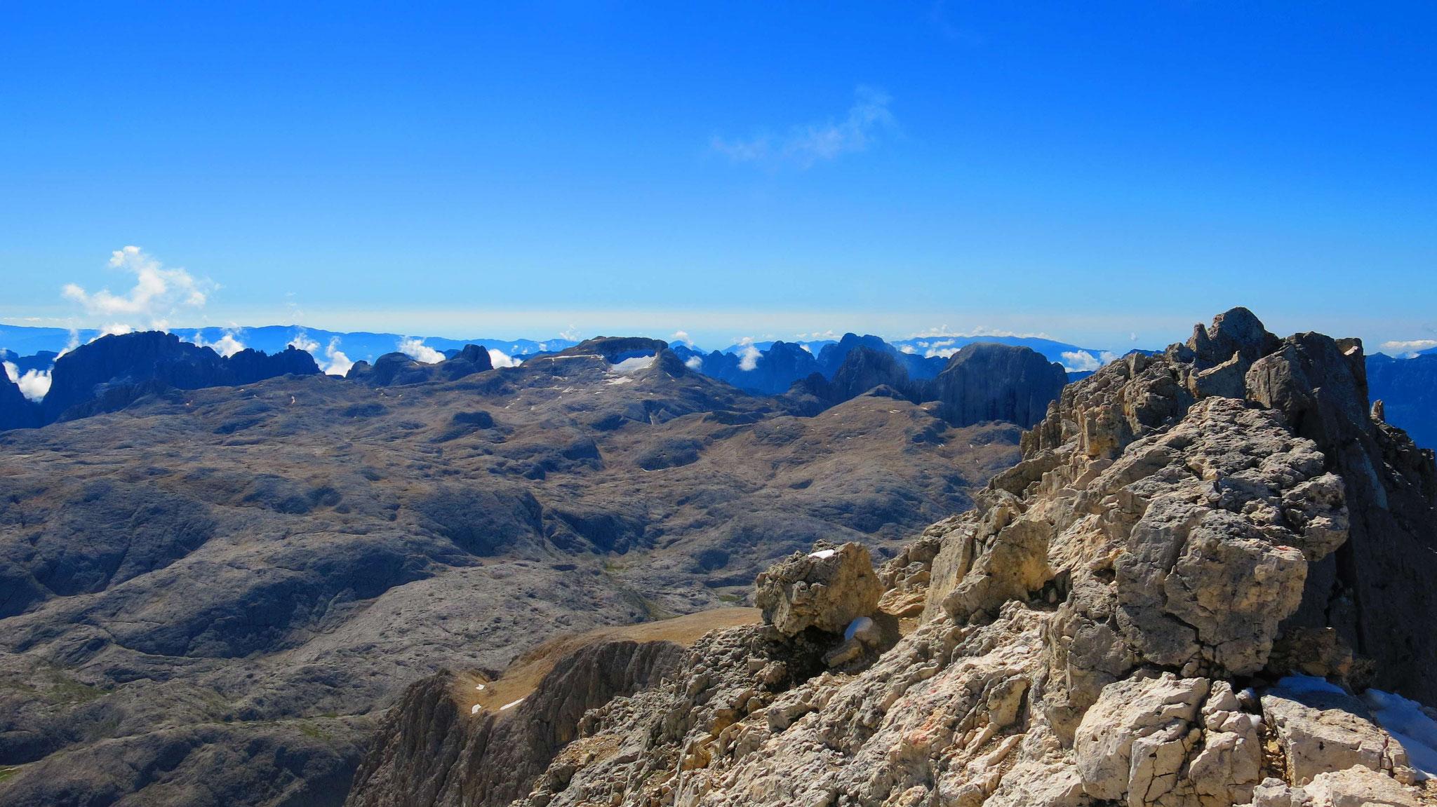 Die Hochfläche des Pala-Massivs im Süden