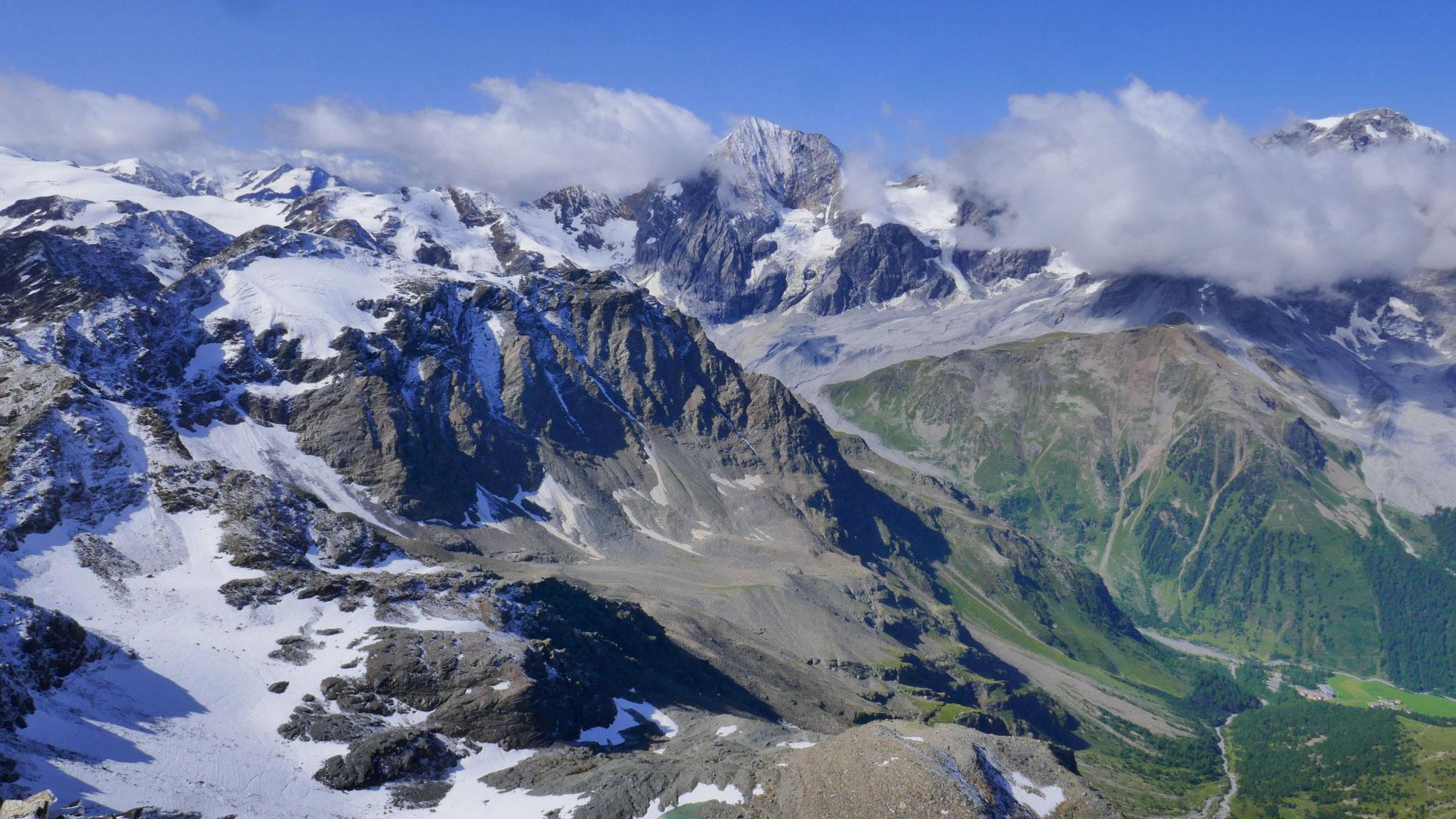 Hinteres Suldental und links der weitere Kamm Richtung Süden, u.a. mit Hinterer Schöntauf- und Butzenspitze