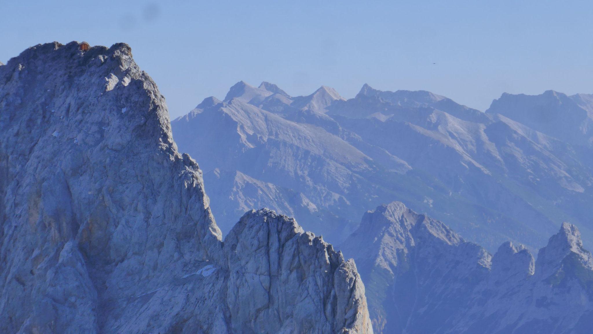 Schüsselkarspitz-Westgrat vor Karwendel