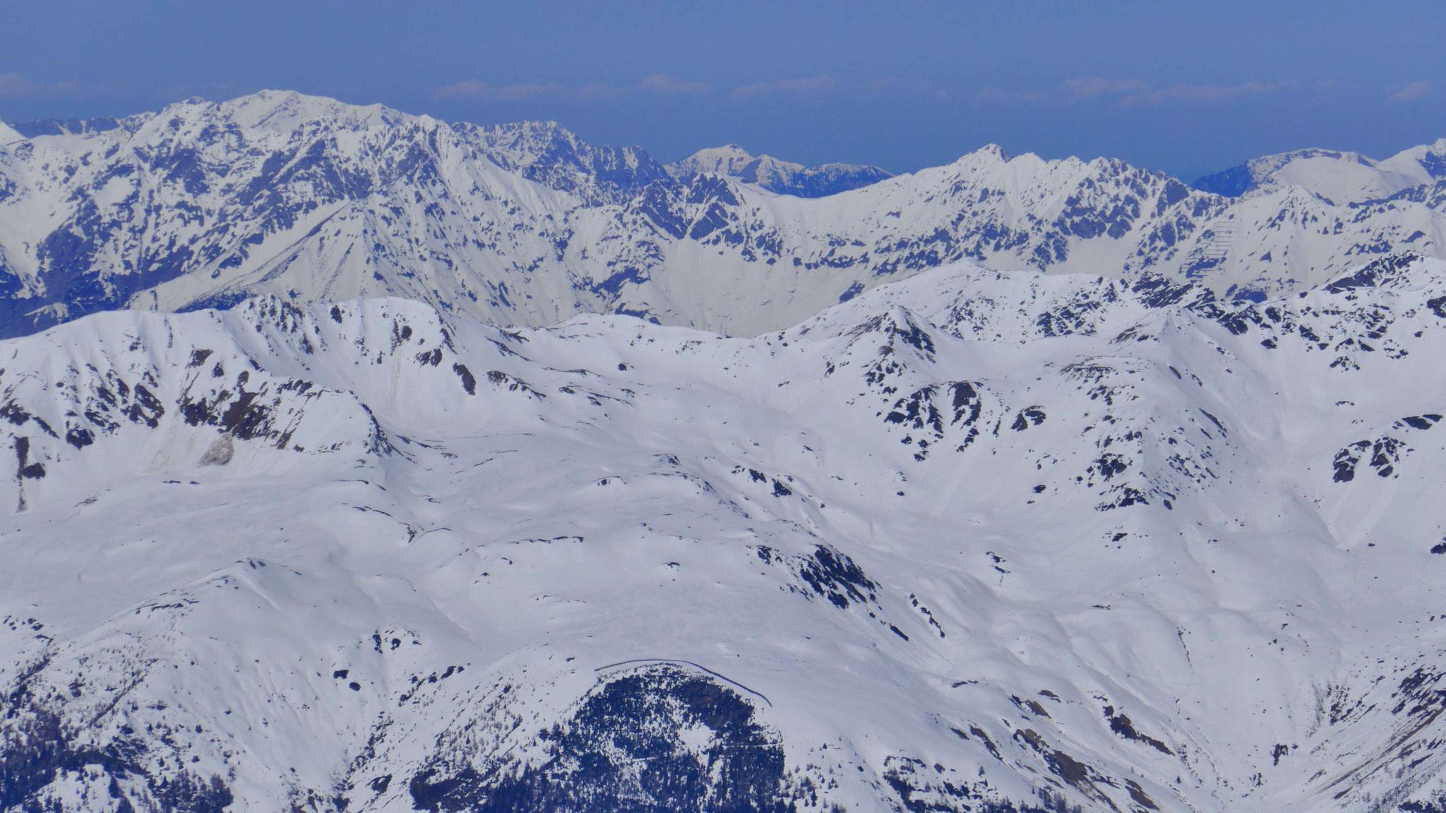 Pfoner Kreuzjöchl und Seeblesspitze, dahinter Nordkette