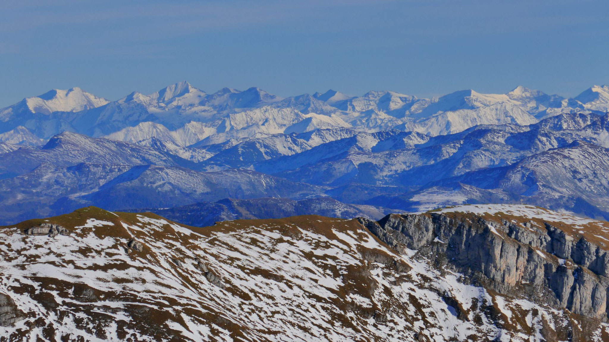 Kitzbüheler Alpen bis weit ins Salzburgische