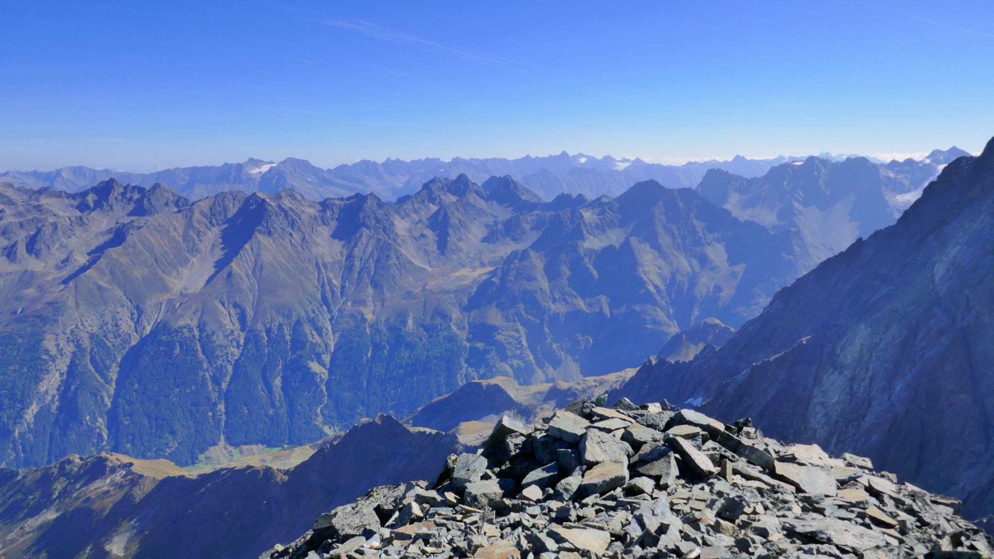Geigenkamm, dahinter Stubaier Alpen