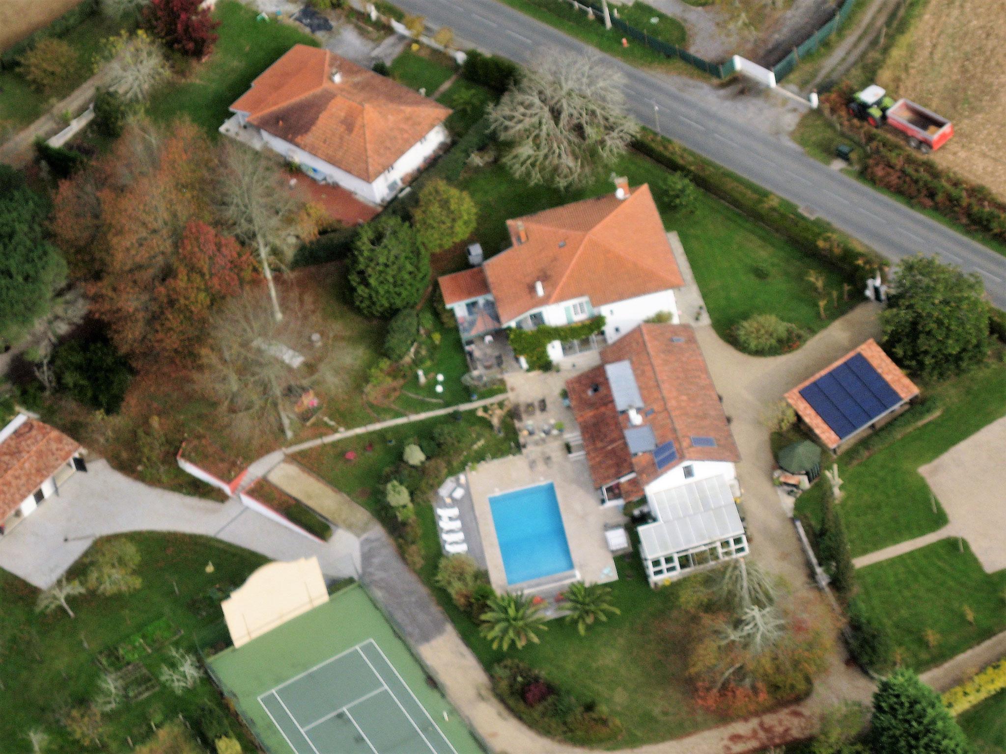 vue aérienne du domaine de Millox
