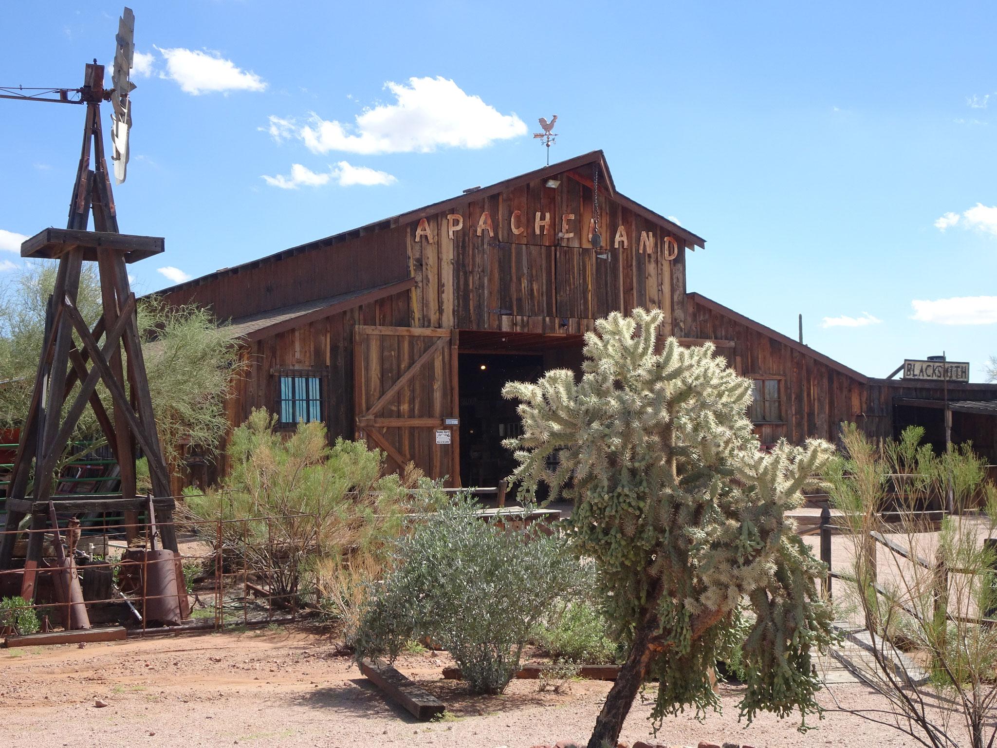 Apacheland (AZ)