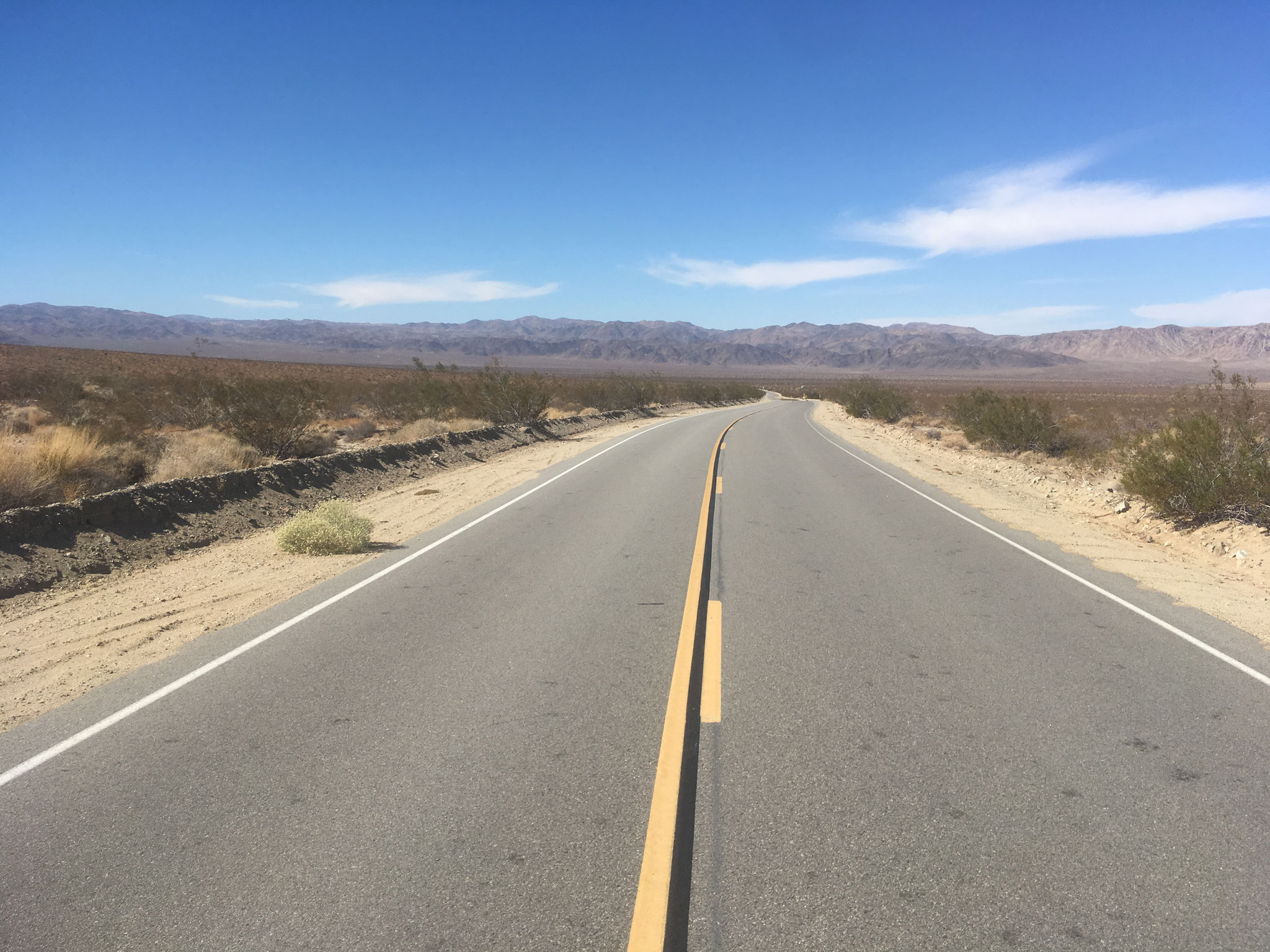 Sur la route de Joshua Tree NM (Déser de Mojave)