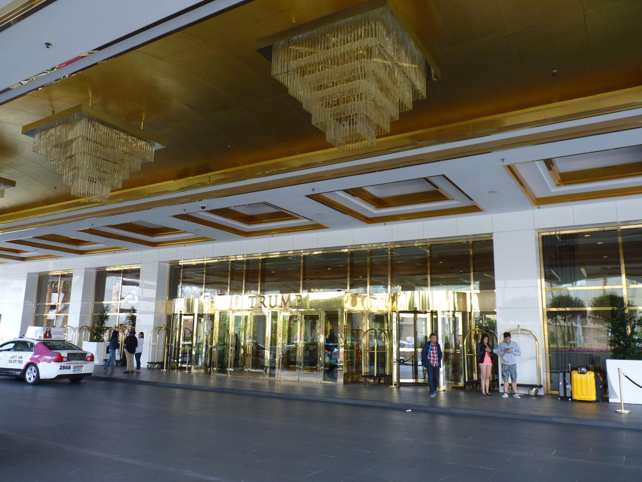 Le hall du Trump Hotel de Vegas