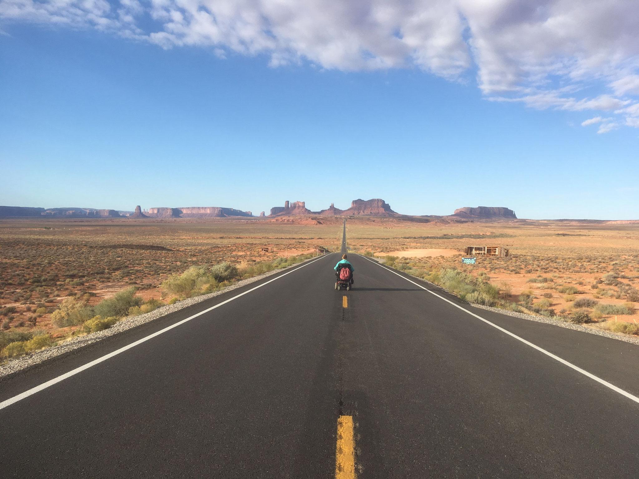 La belle route asphaltée