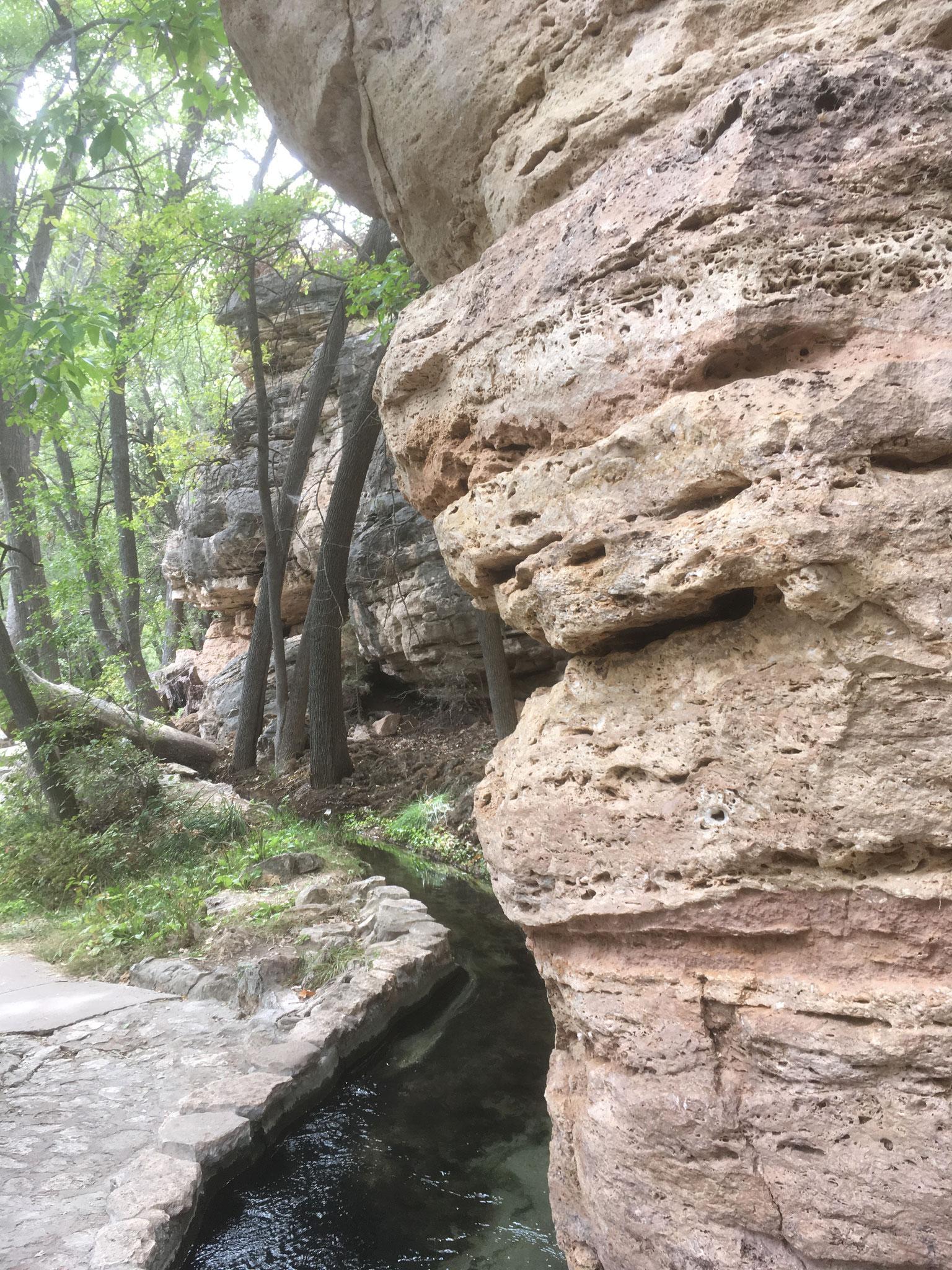 Montezuma Well (Beaver Creek)