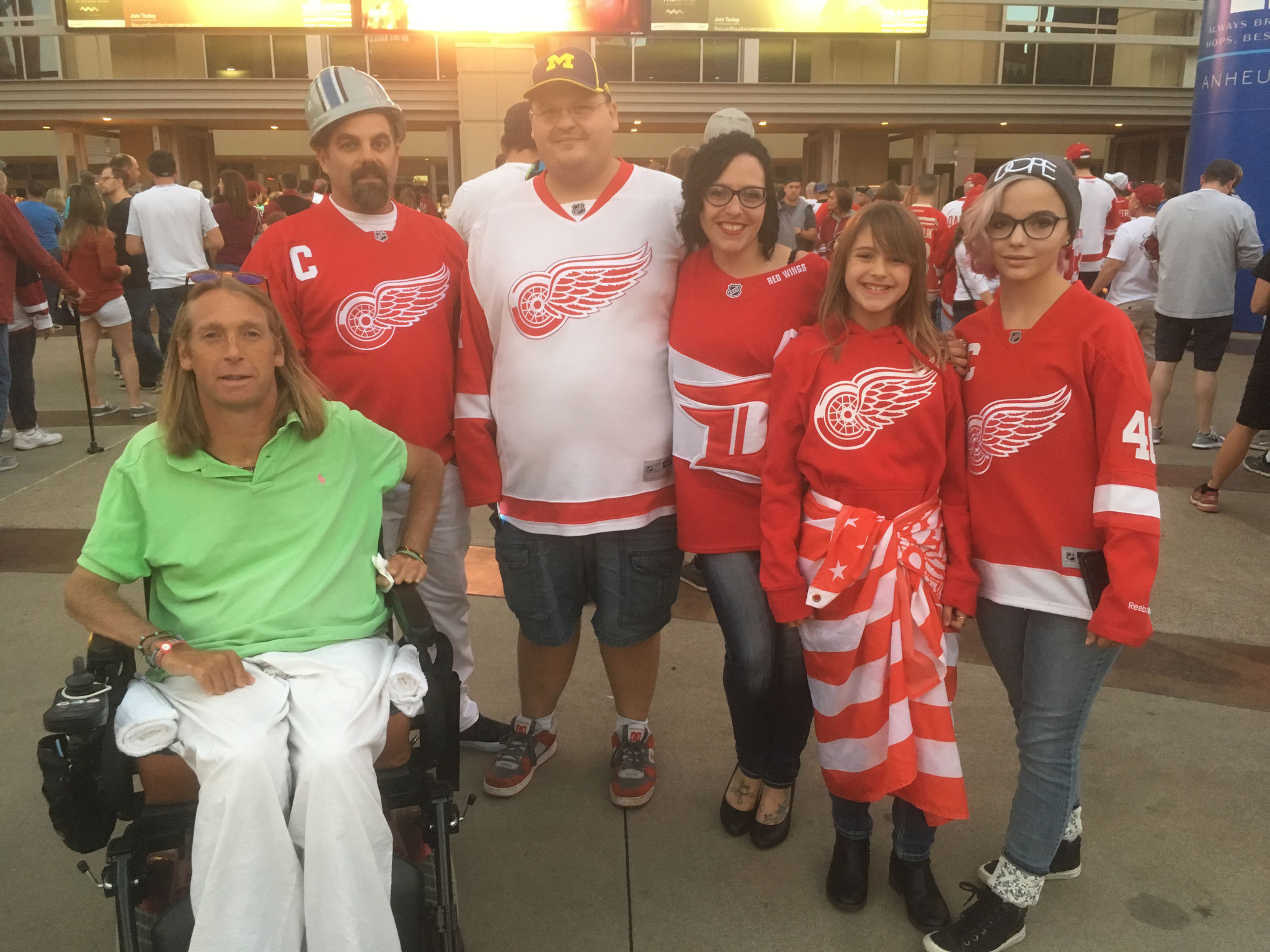 Red Wings Fans : Arizona Coyotes vs Detroit Red Wings (2017/18)
