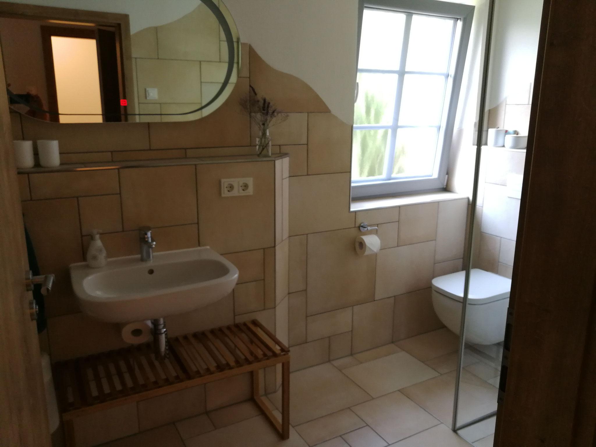 FeWo Obergeschoss Bad für Schlafzimmer 3