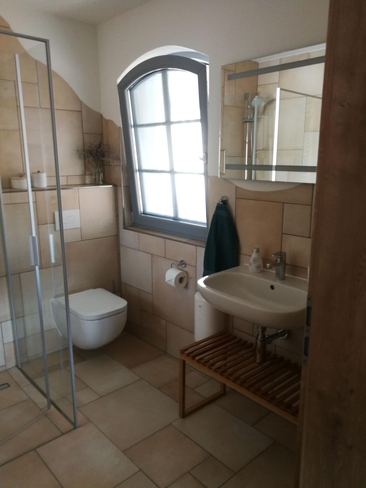 FeWo Obergeschoss Bad für Schlafzimmer 2