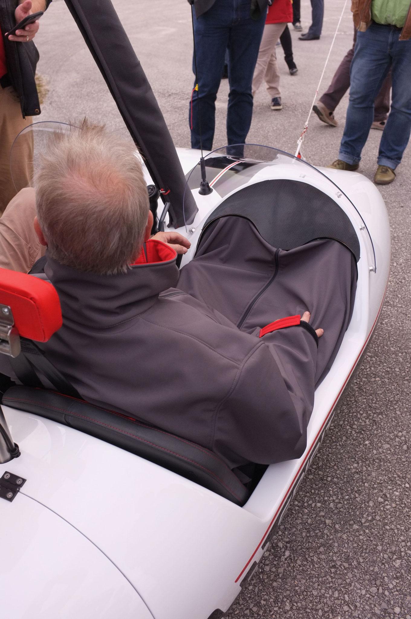 autogire Spirit chauffage air chaud pris sur moteur et ramené dans la combinaison www.volitude.fr