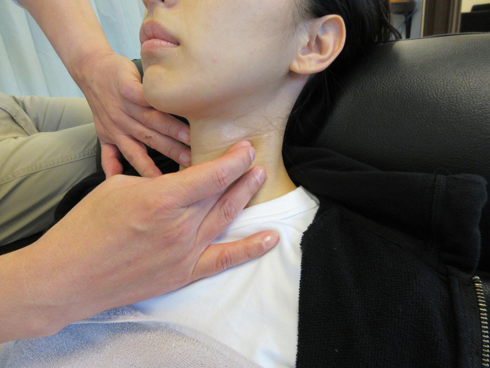 頚椎前縁と甲状軟骨後端の距離