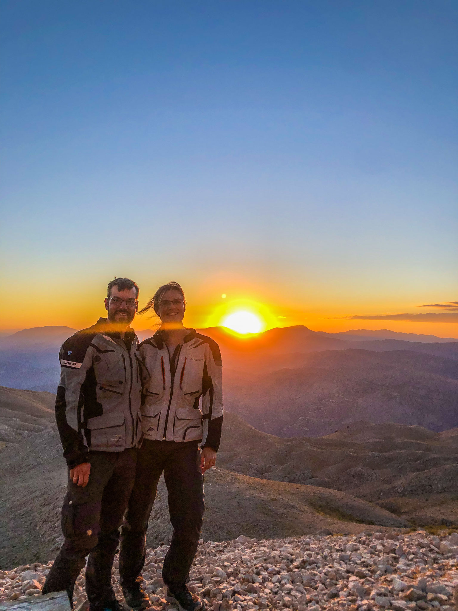 Sonnenuntergang auf Berg Nemrut... windig war's!