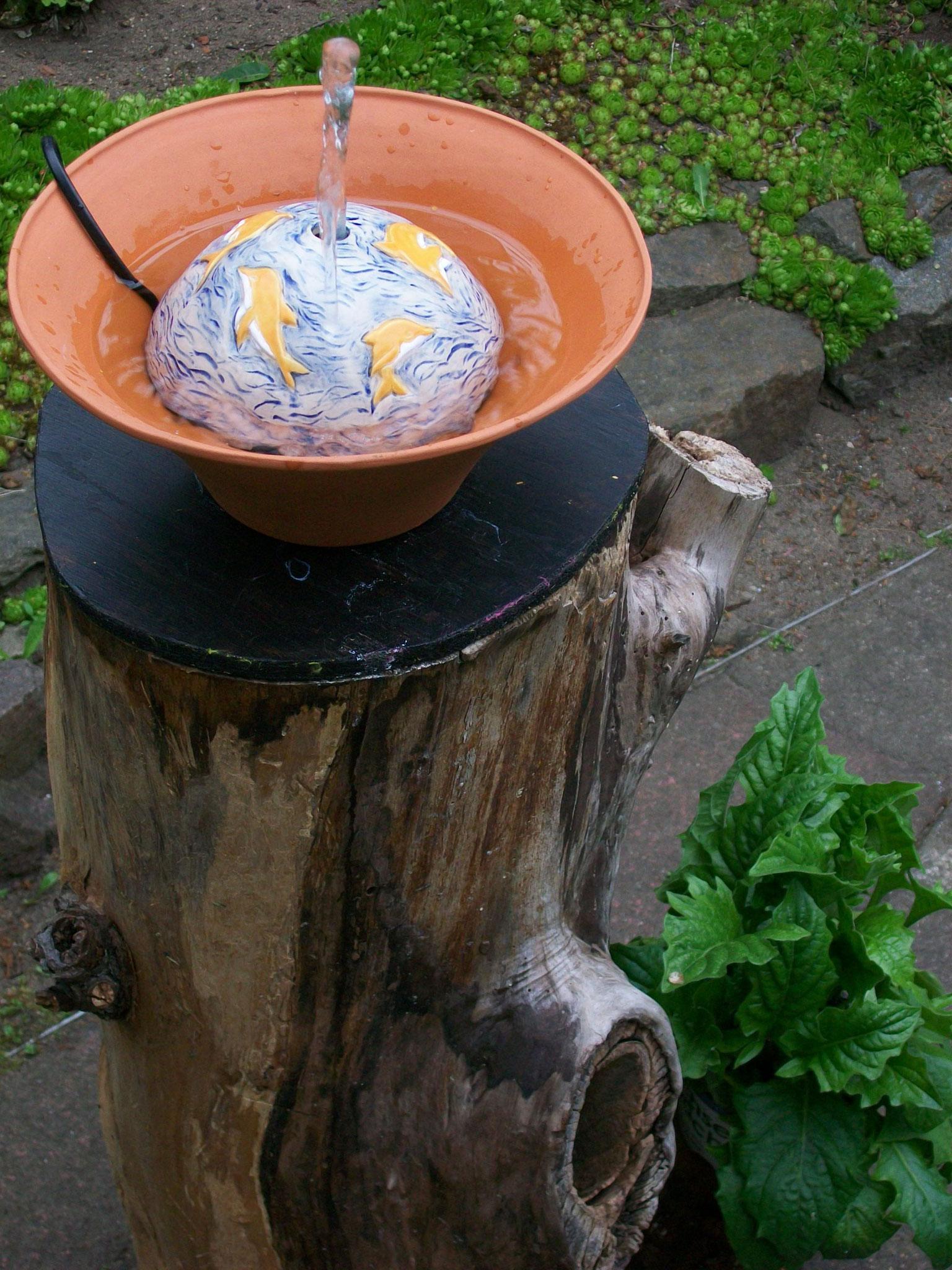 Zimmerbrunnen in Keramik