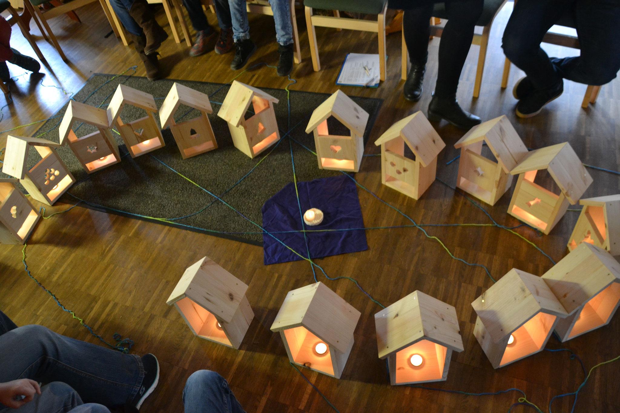 Jesus wo wohnst du? - Werktag der Kommunionkinder im Holz-Technik-Museum Wißmar