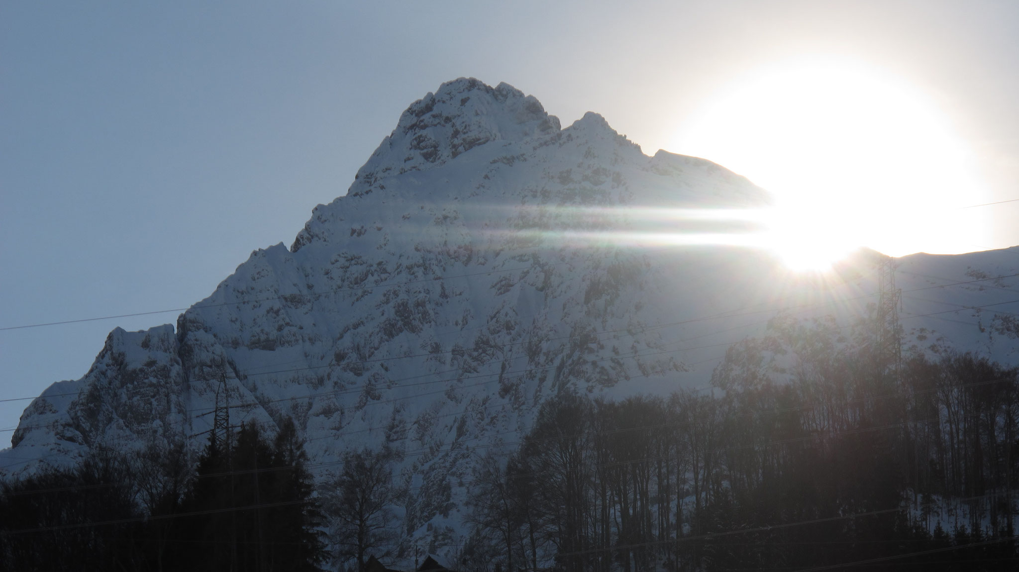 Walenguflen Steinacker 29.01.2019, Sonne im Loch und über dem Grat