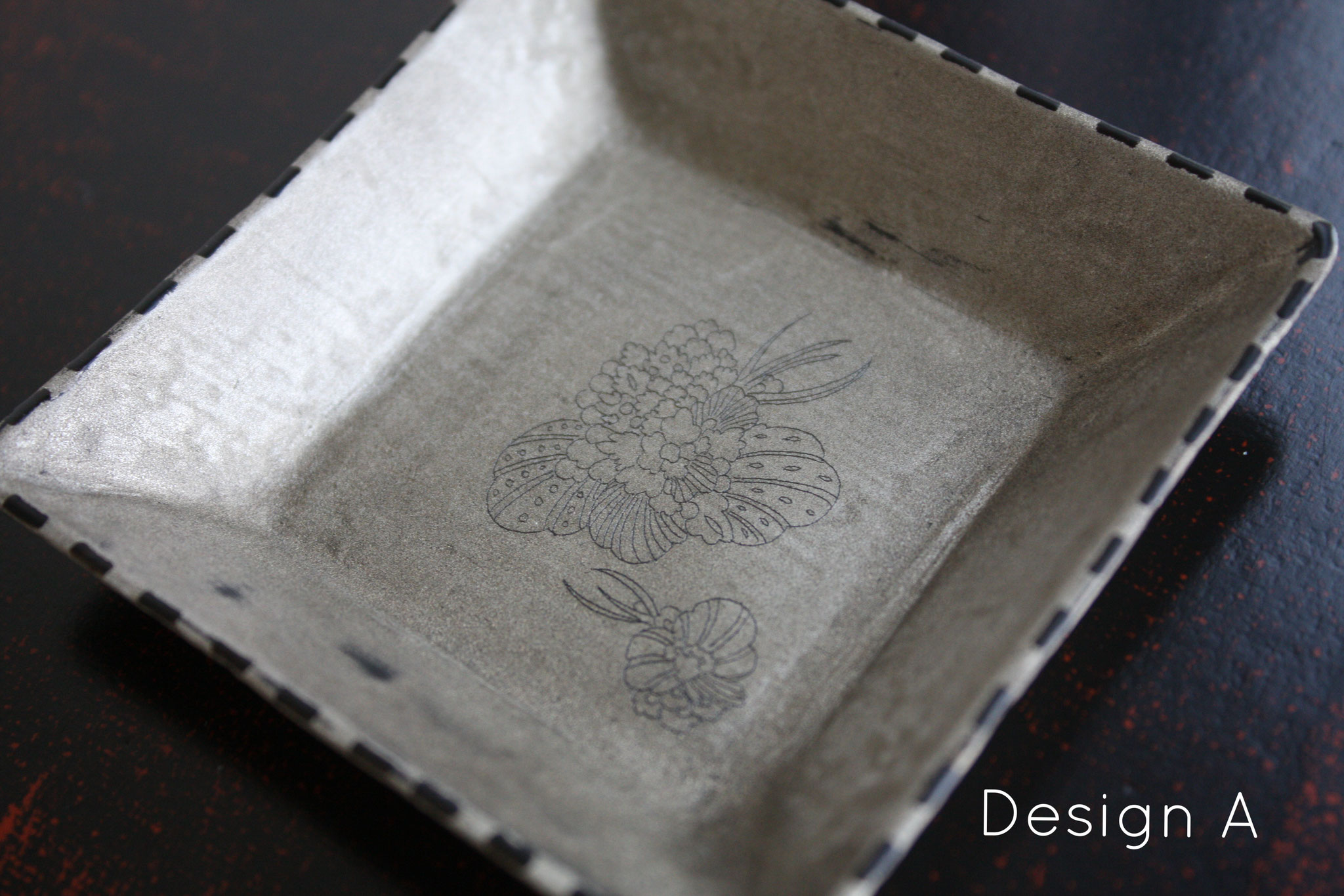 "square mini plate ""wildflower"" design A"