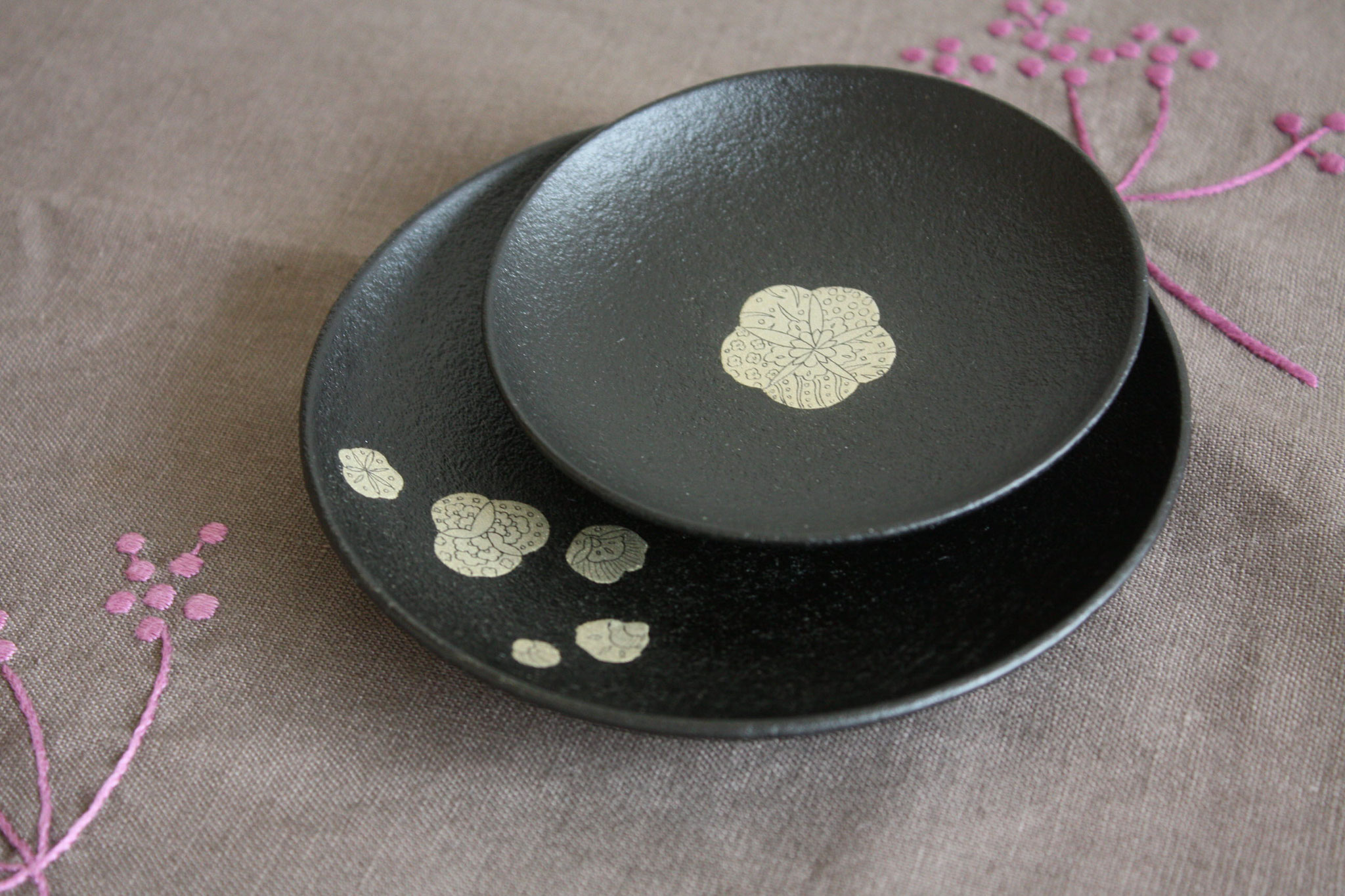 "Small plate set ""Chabana"""