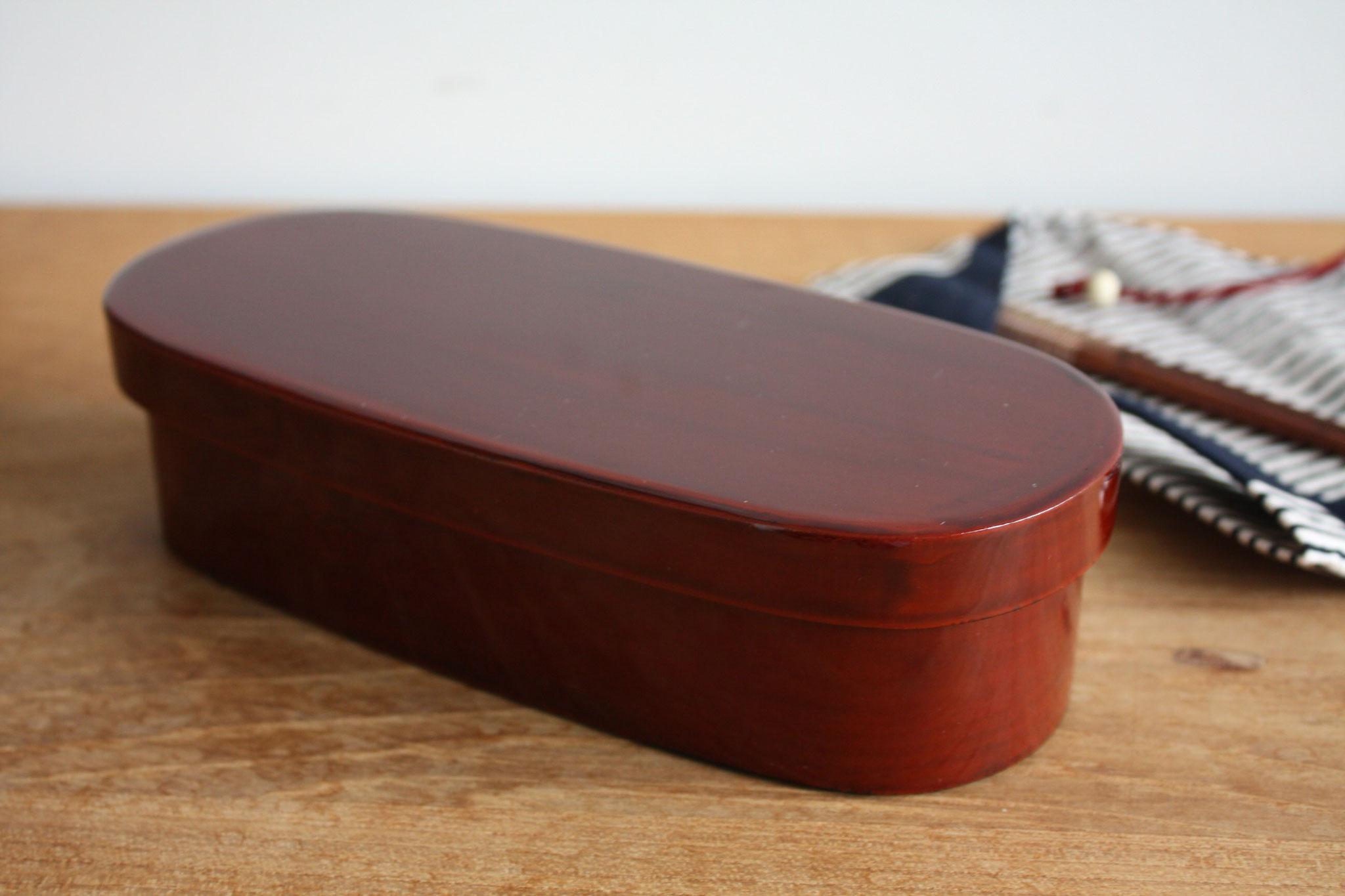 Edo-nuri bento box oval