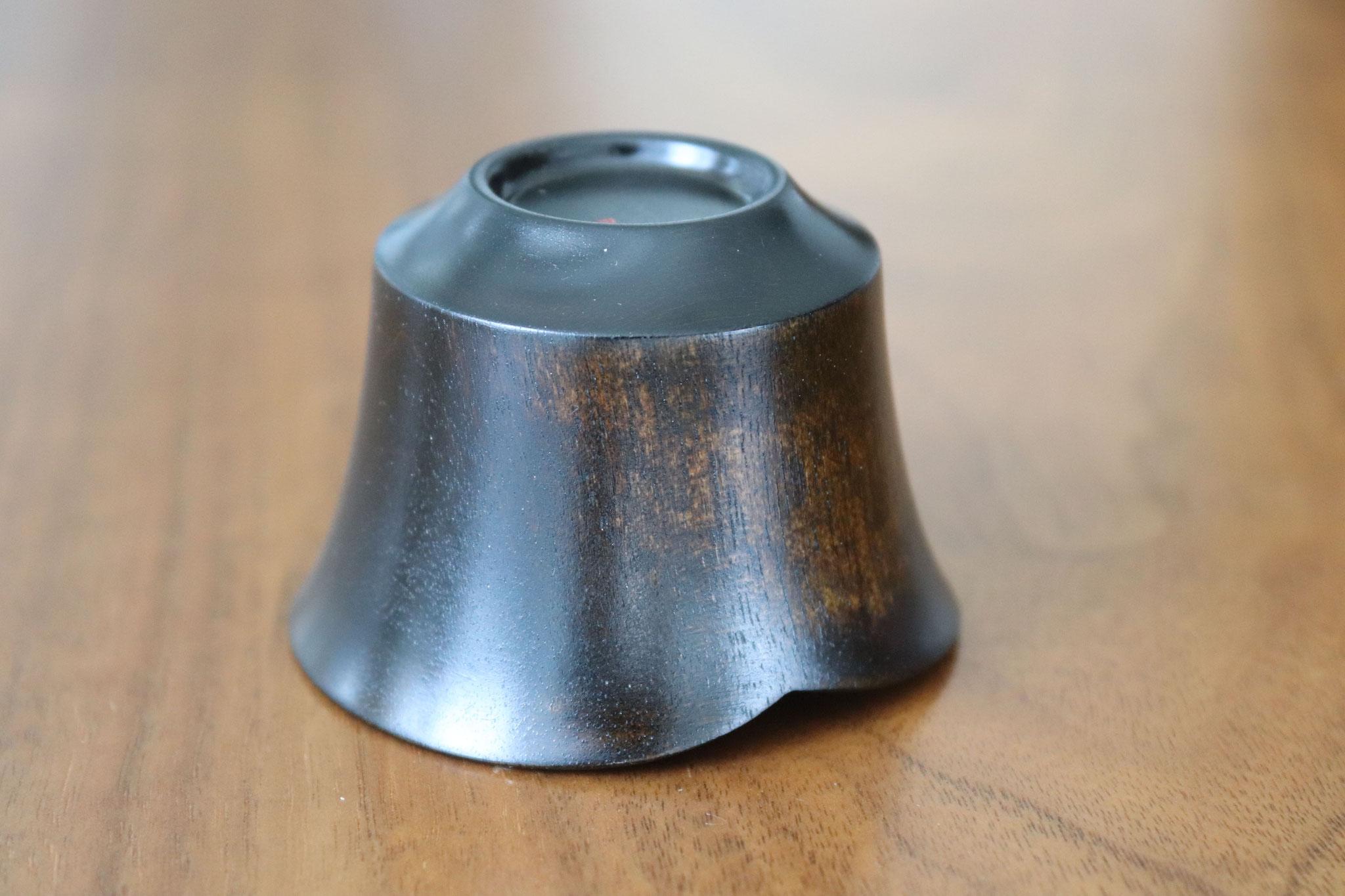 Smiling bean sake cup black