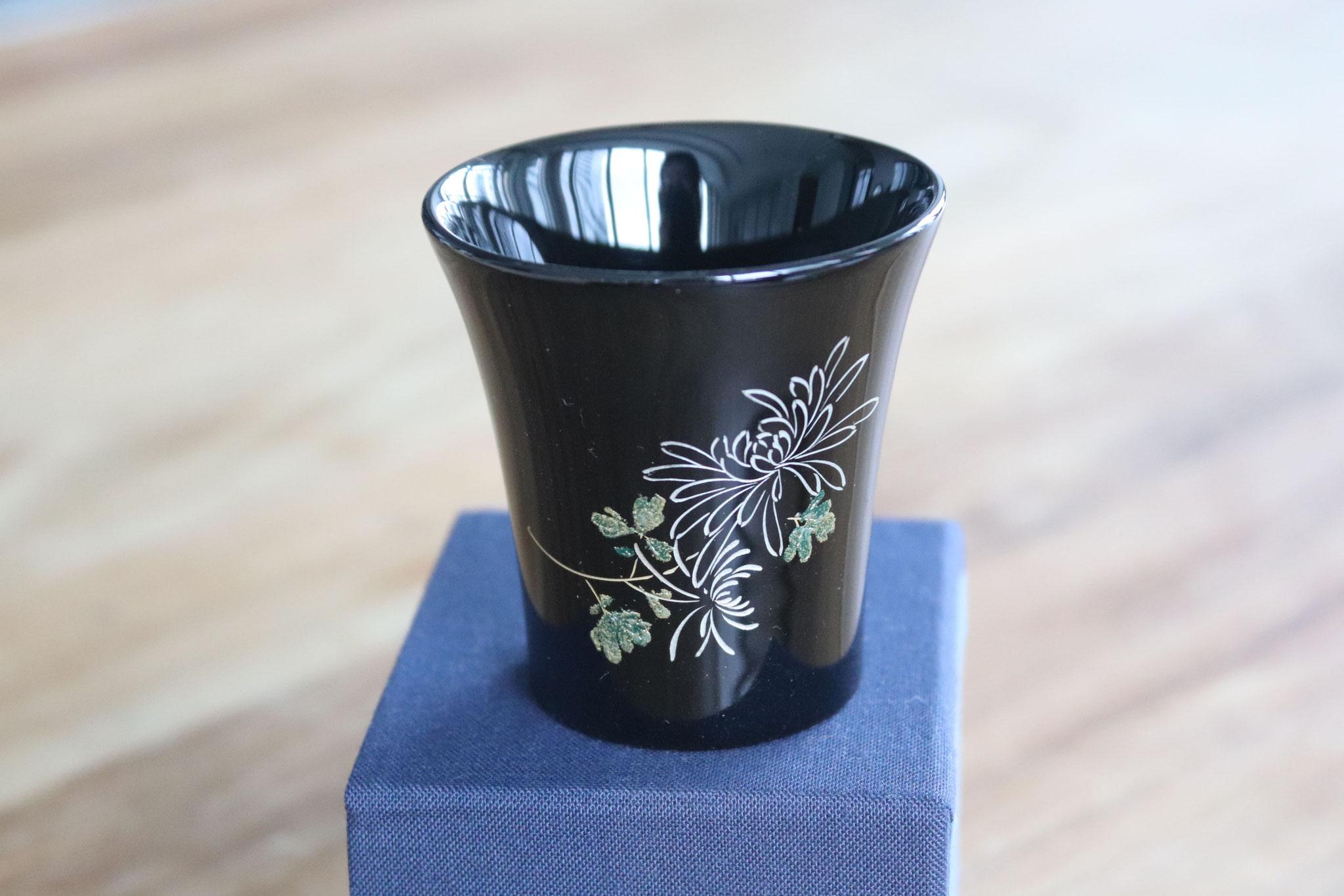 "Wajima ""Kikuhai"" - Chrysanthemum"