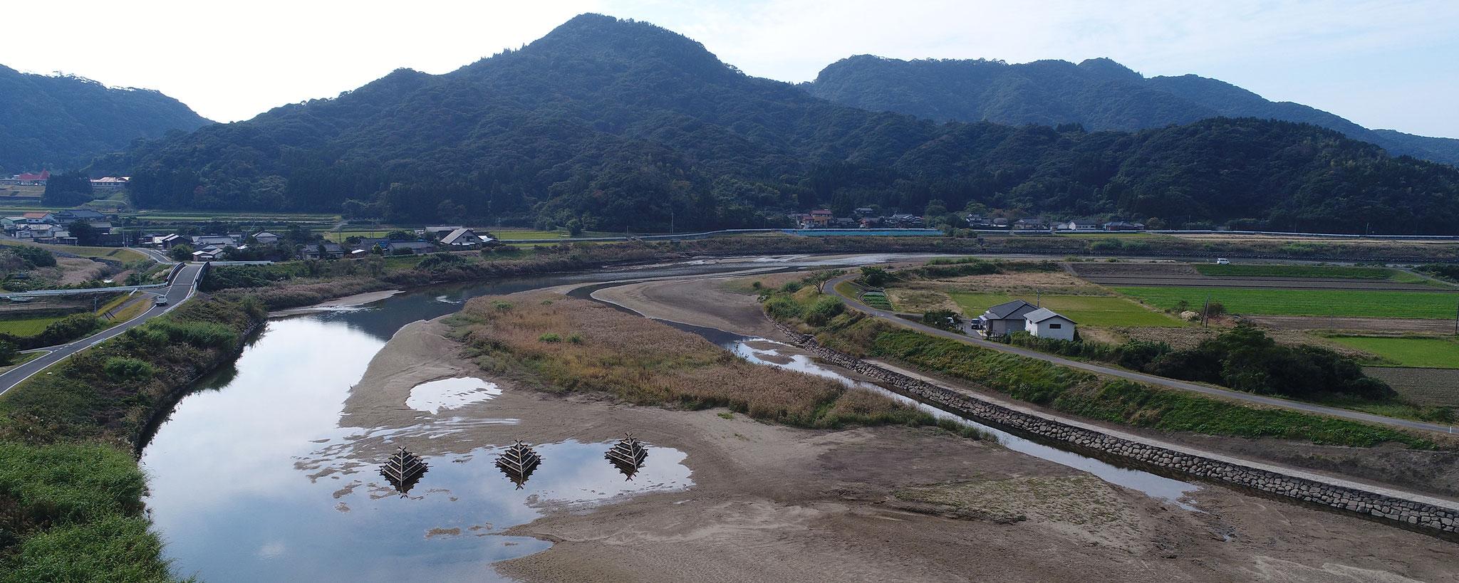 雄川のハイドロバリア水制工