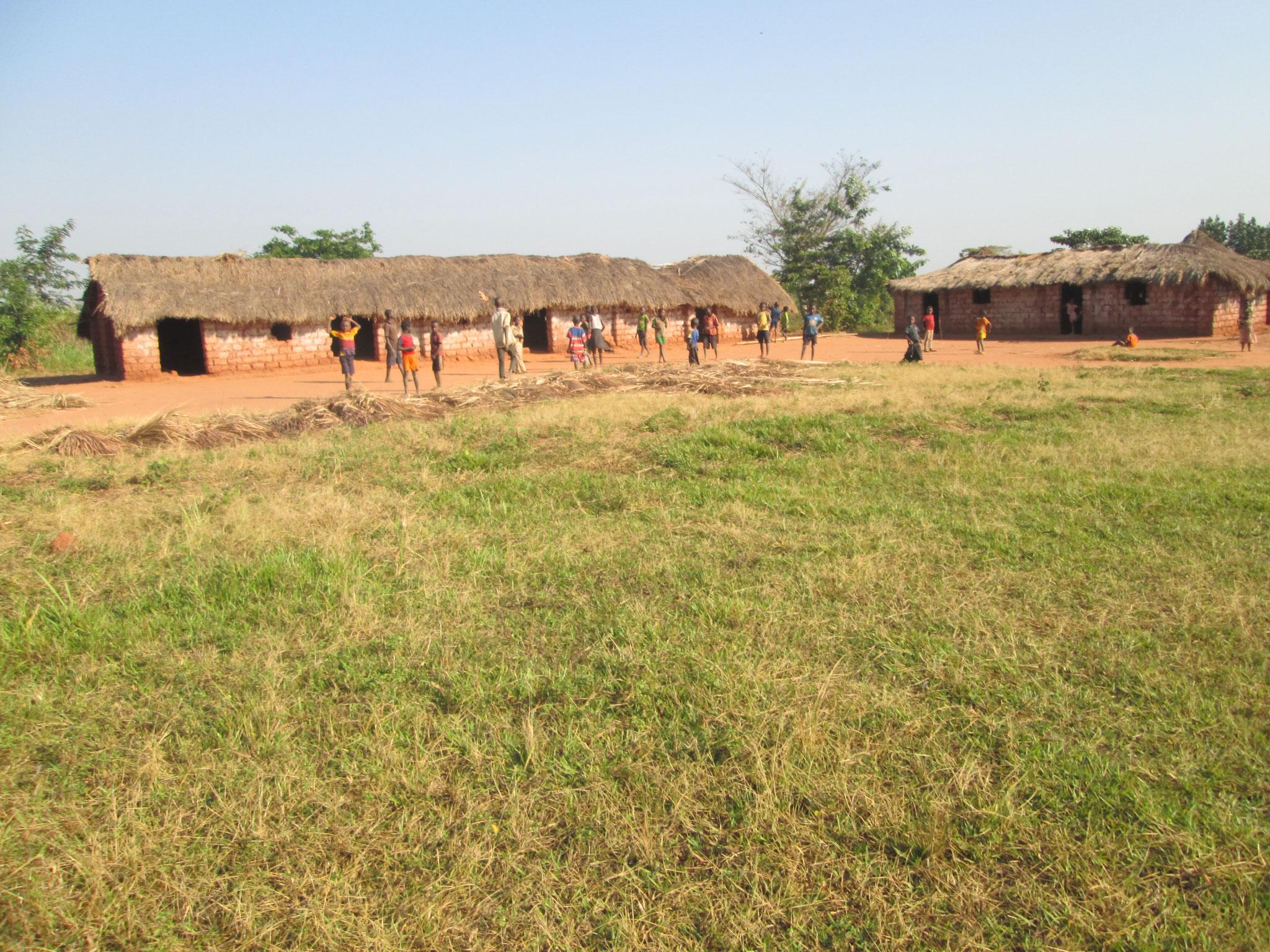 Les écoles qui n'aident pas les enfants à avoir une éducation adéquate