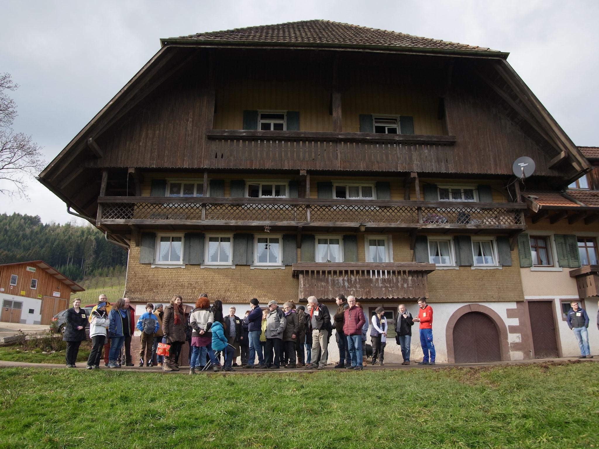 Der Bühlhof und seine Besucher.