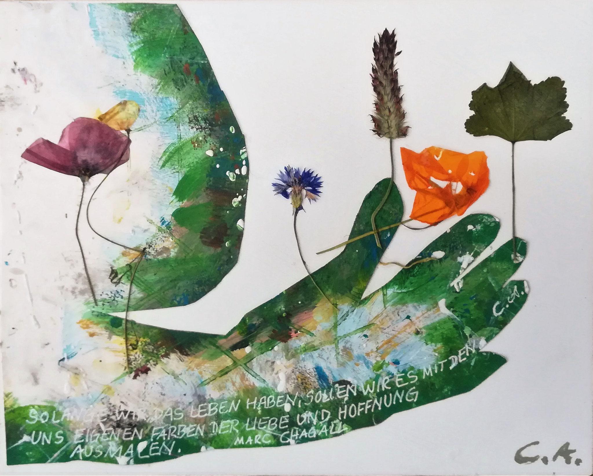 Leben Liebe Hoffnung, 20x30, Kollage mit Naturblüten für das Projekt Tugenden, 2020