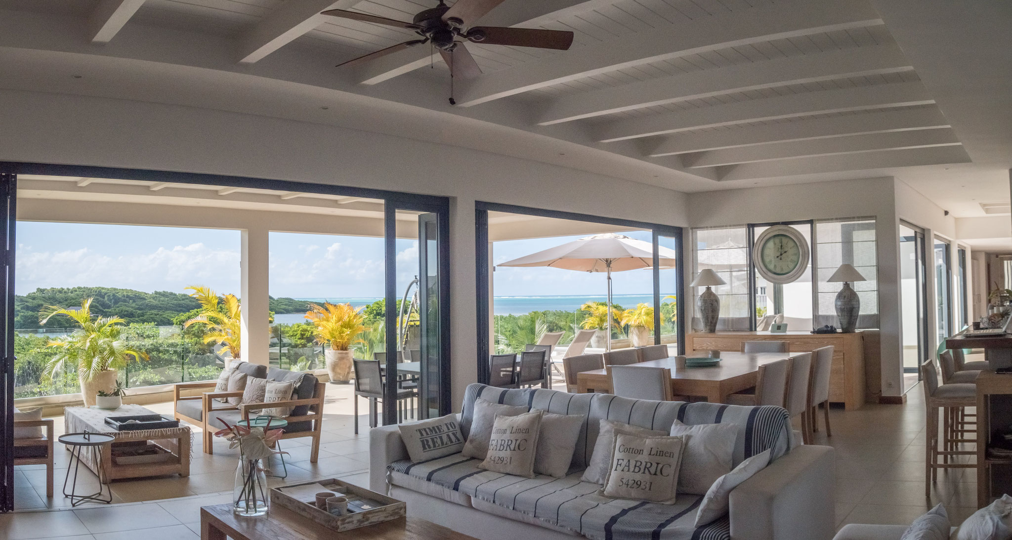 RESALE EXCEPTIONAL PROPERTY SEA VIEW IN THE WORLD - PENTHOUSE IRS AZURI IN MAURITIUS ISLAND