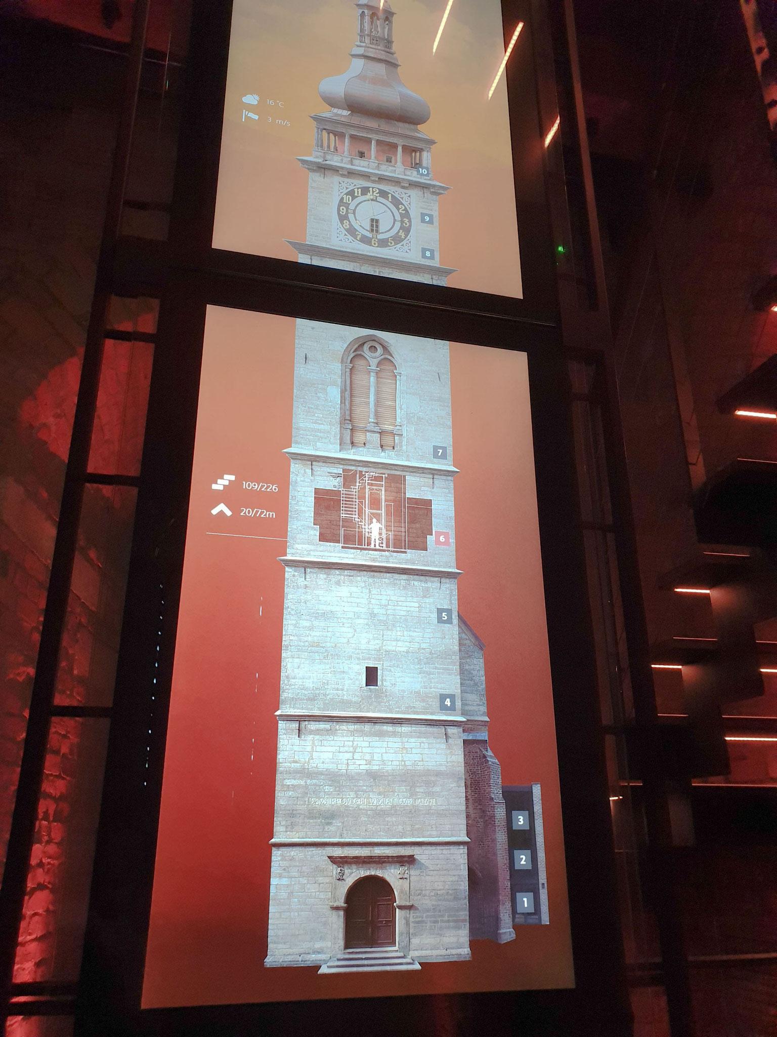 Hradec Králové, Weißer Turm, Projektion