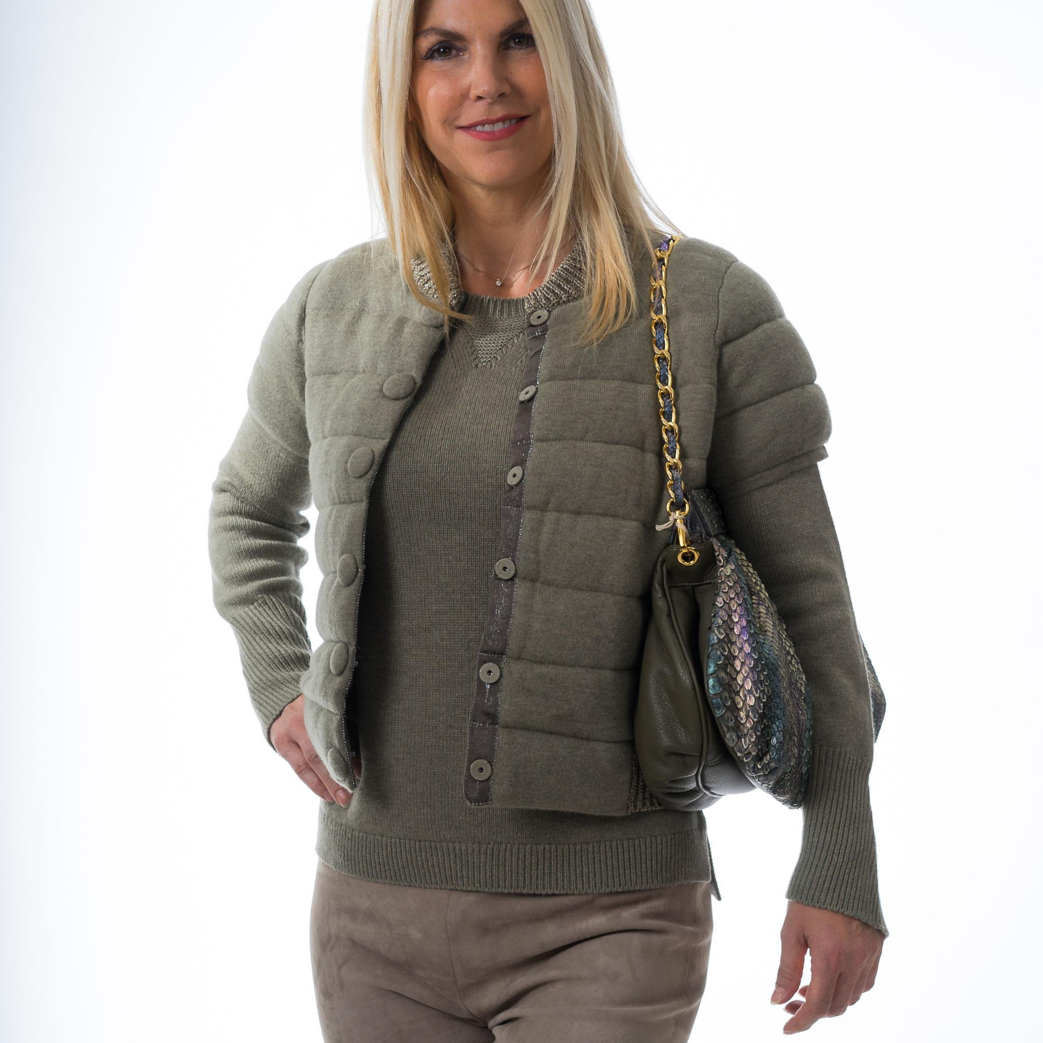 Cashmere Pulli mit Cashmere Weste,   Velourleder-strech Farbe : Leinen