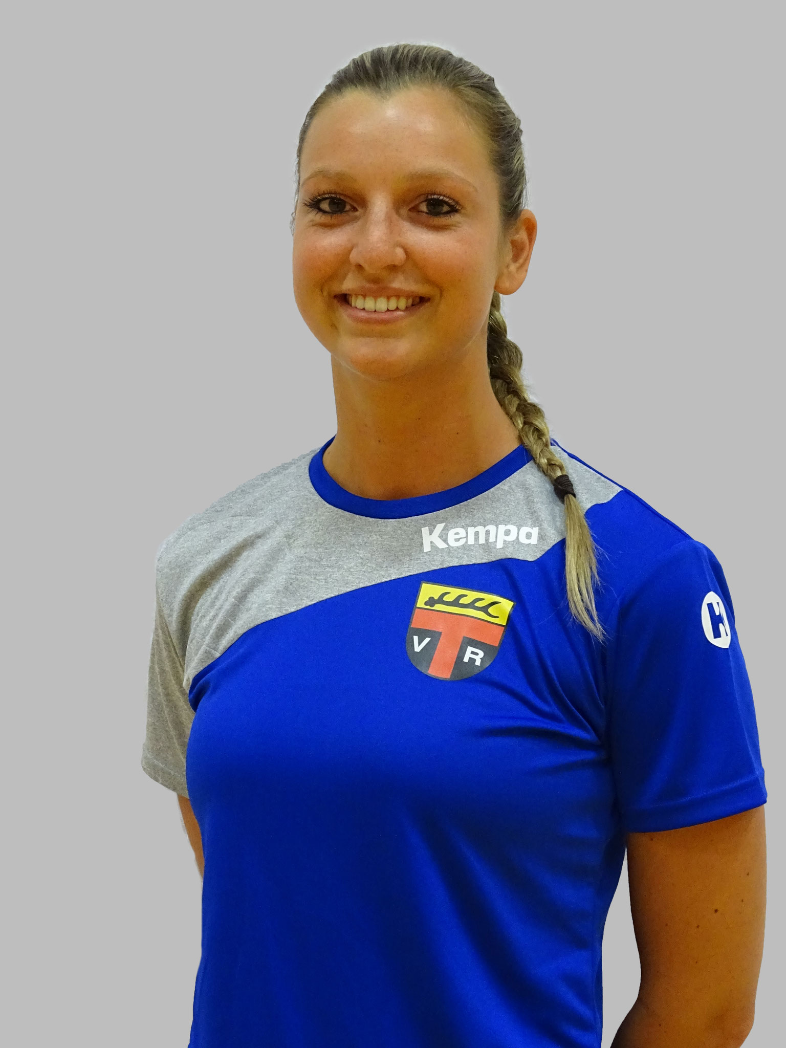 Larissa Adelt