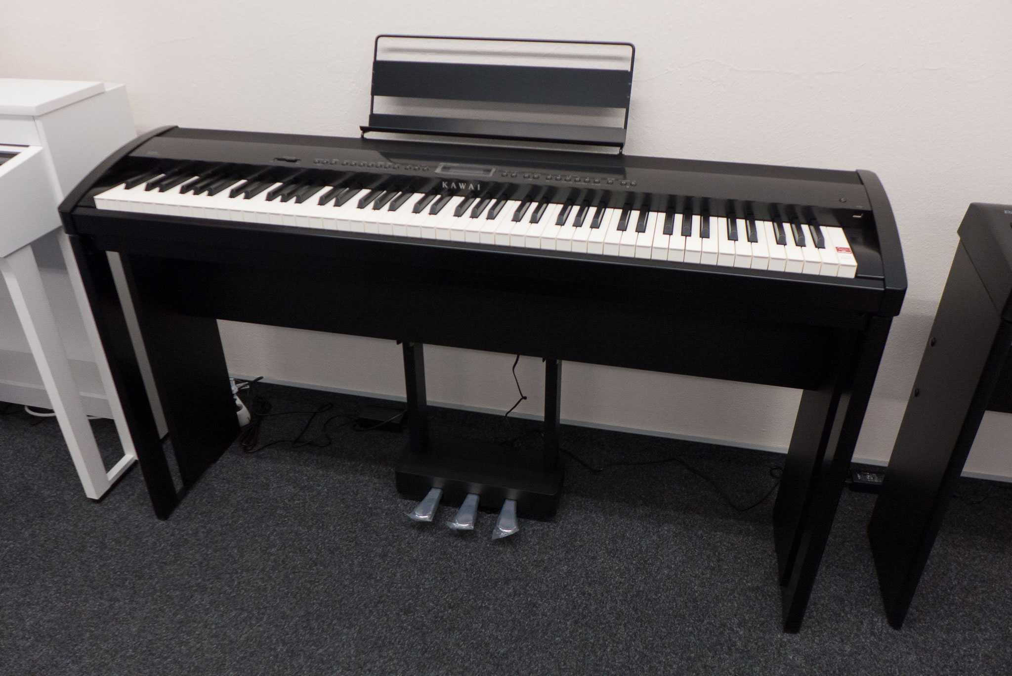 kawai es 8 martin widmann klaviere. Black Bedroom Furniture Sets. Home Design Ideas