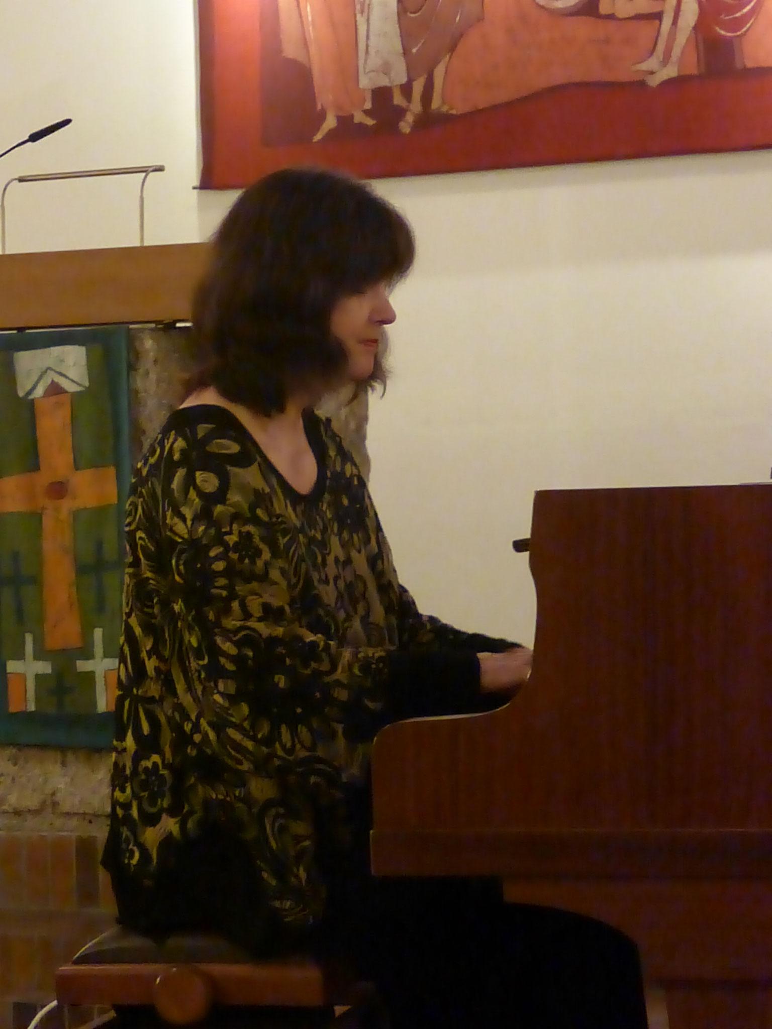 Eva Schieferstein in der Brannenburger Michaelskirche