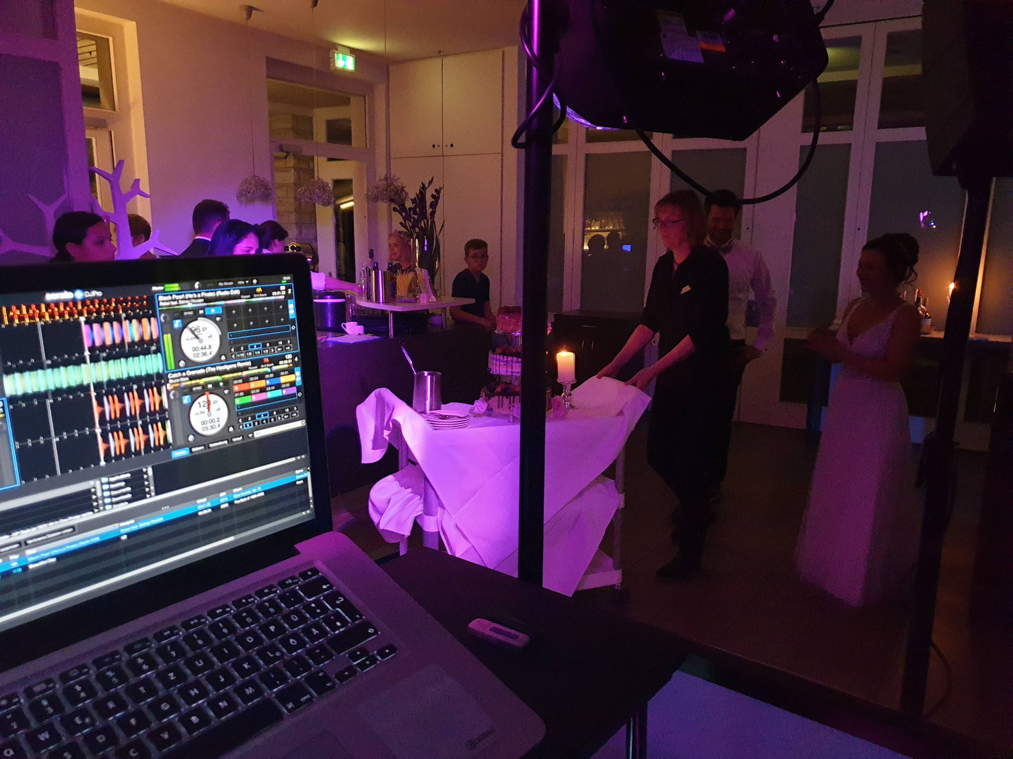Serato DJ mit Apple Macbook Pro