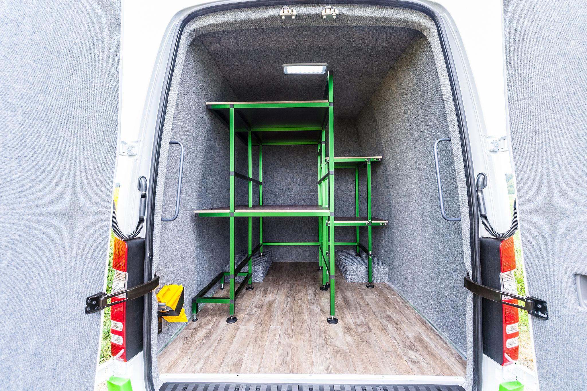 Grosser Gepäckraum mit praktischen Verstaumöglichkeiten