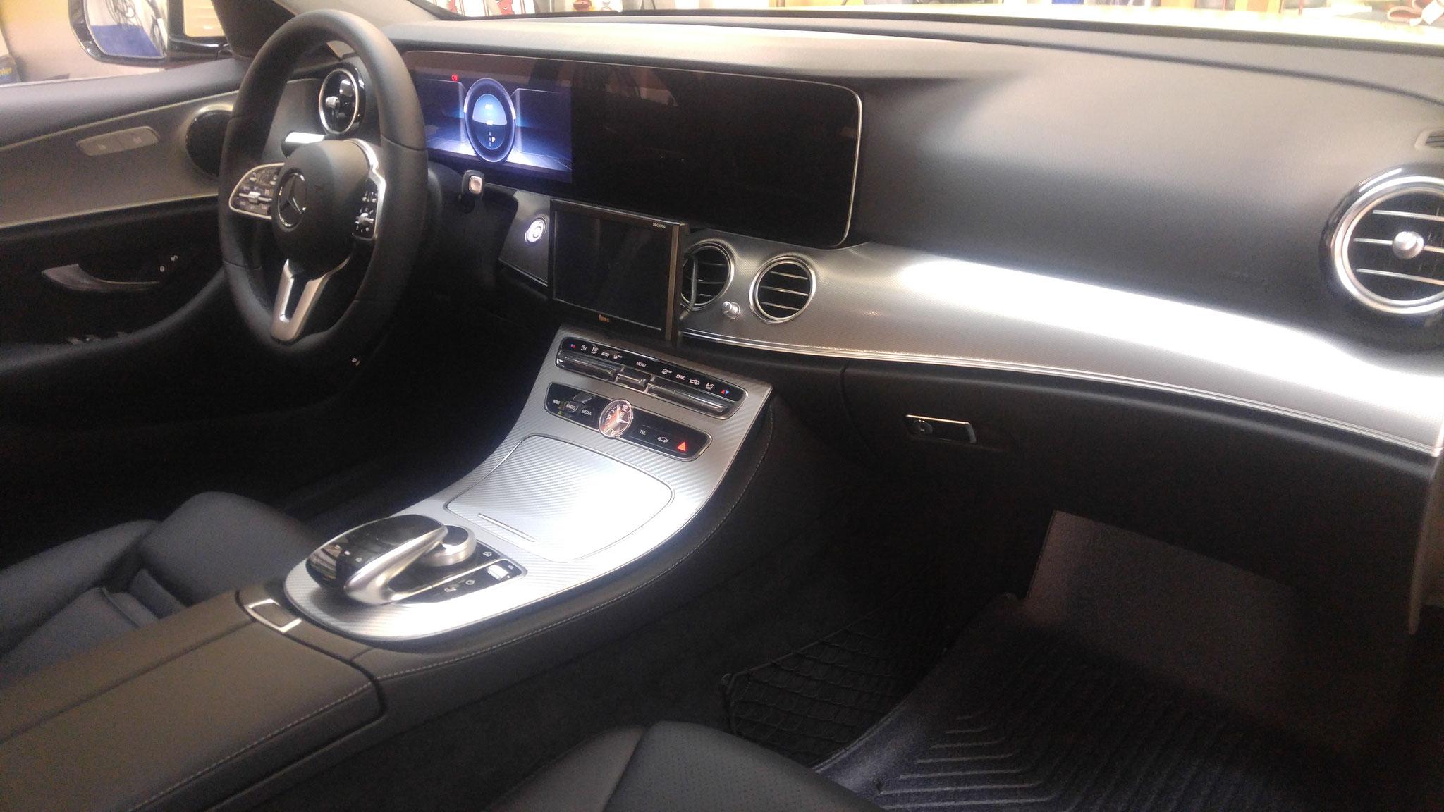 Mittelkonsole Mercedes W213 nachher