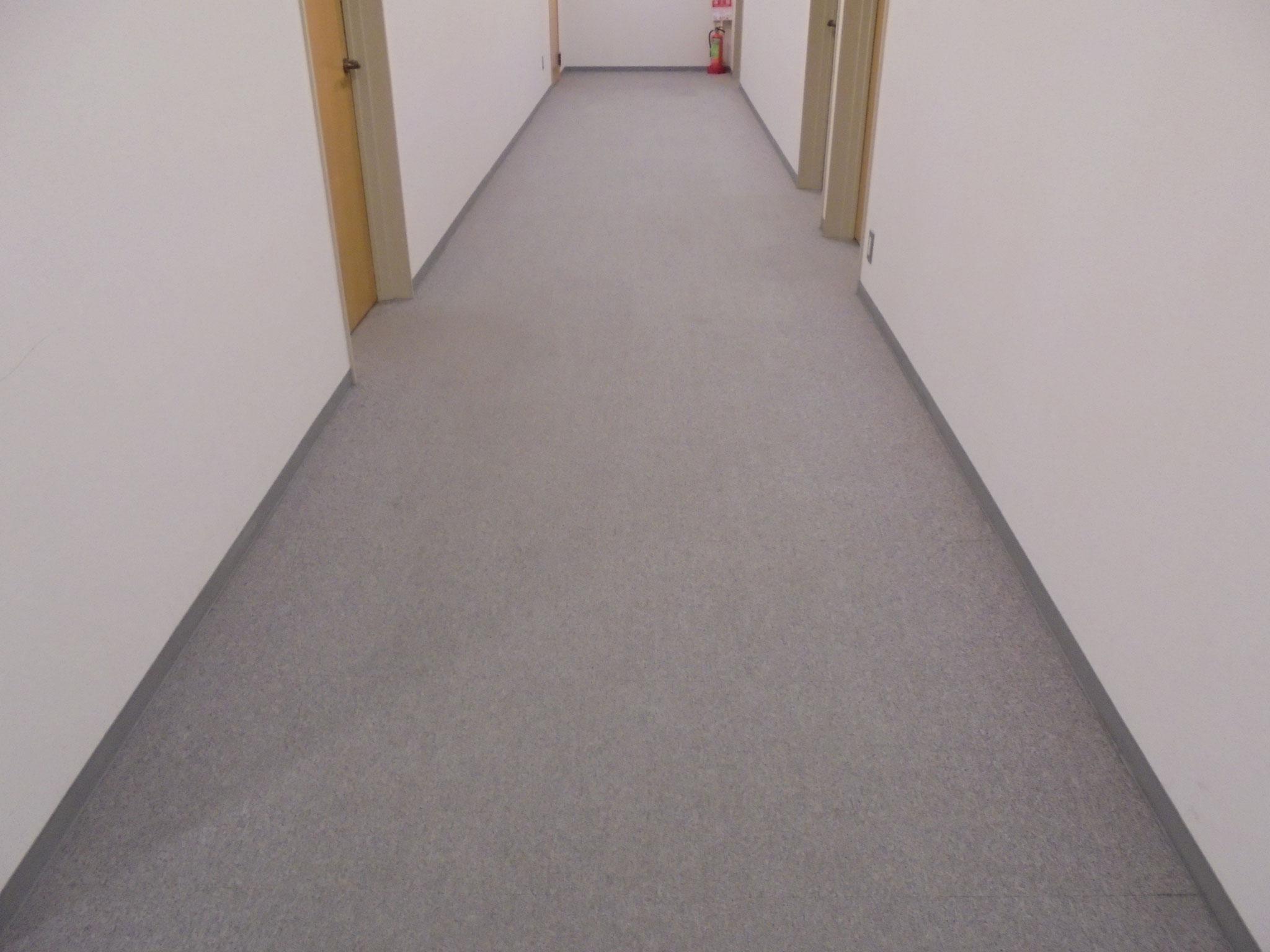 オフィス絨毯清掃
