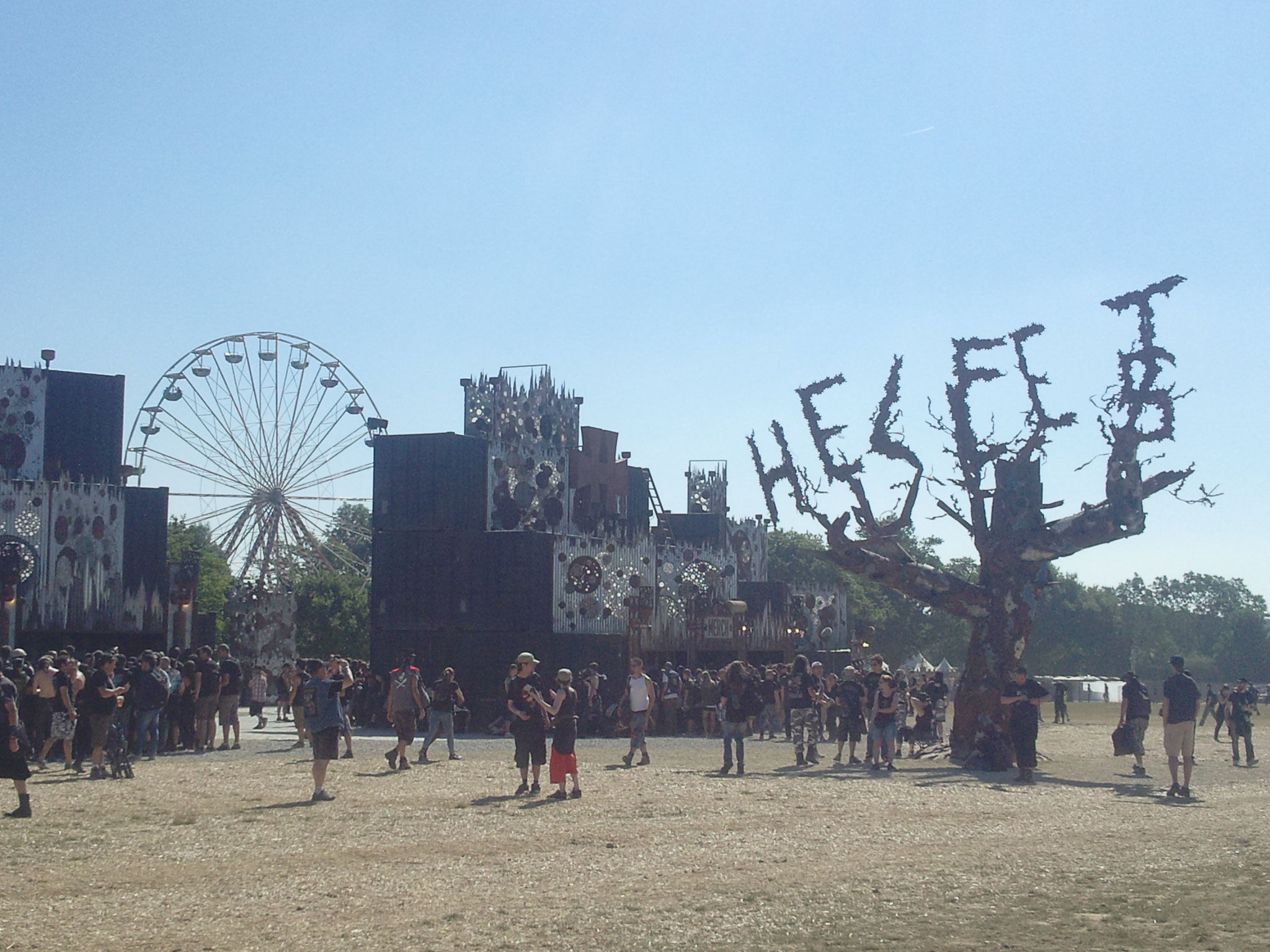 The iconic Hellfest tree