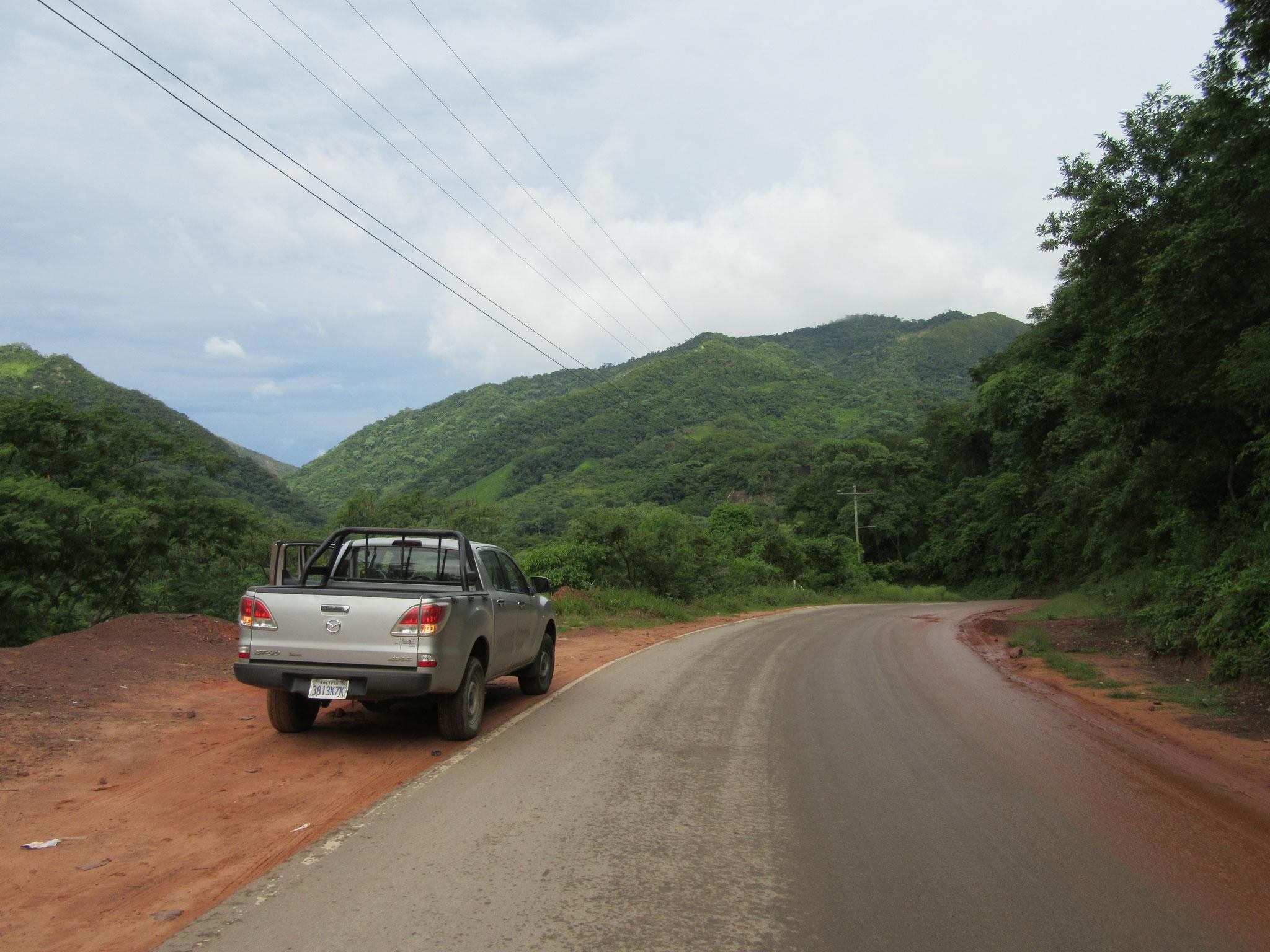 Bis zur Einfahrt sind die Straßen gut asphaltiert