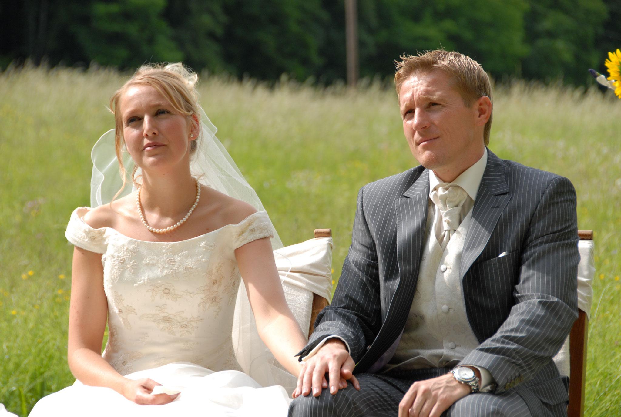 Ja-Wort unter freiem Himmel | Freie Trauung | Freie Hochzeit | Hochzeitsredner | Trau dich mit Emma