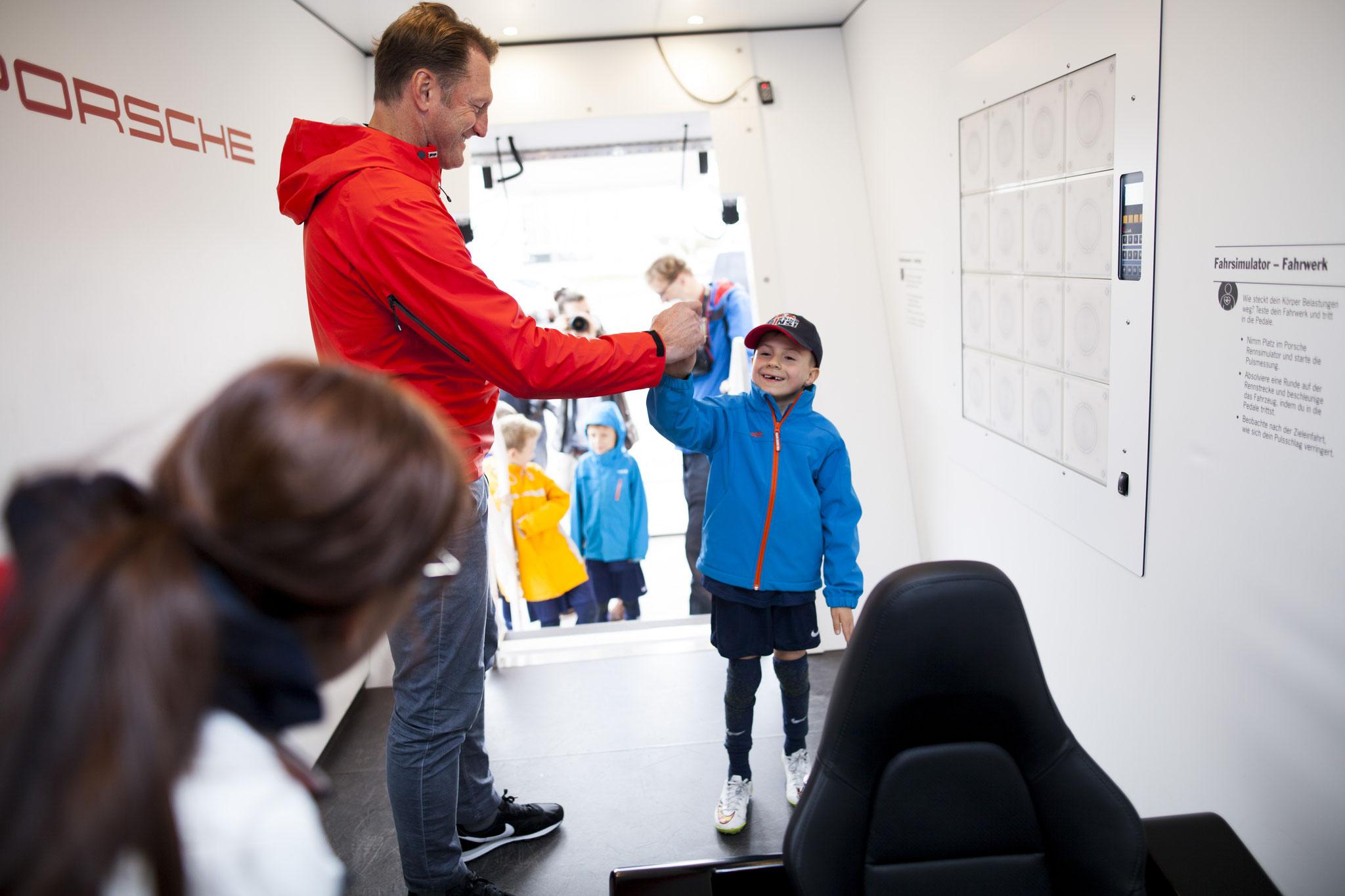 Besuch vom Trainer des Fußball-Bundesligisten RB Leipzig Ralph Hasenhüttl