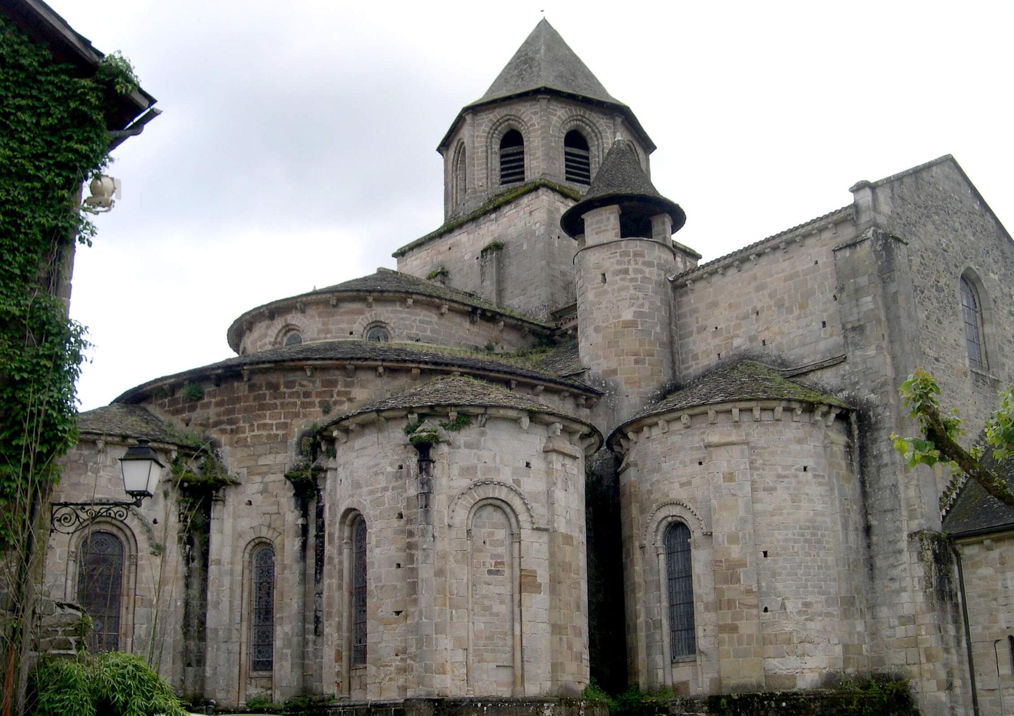 Le chevet de l'abbatiale de Beaulieu avant restauration