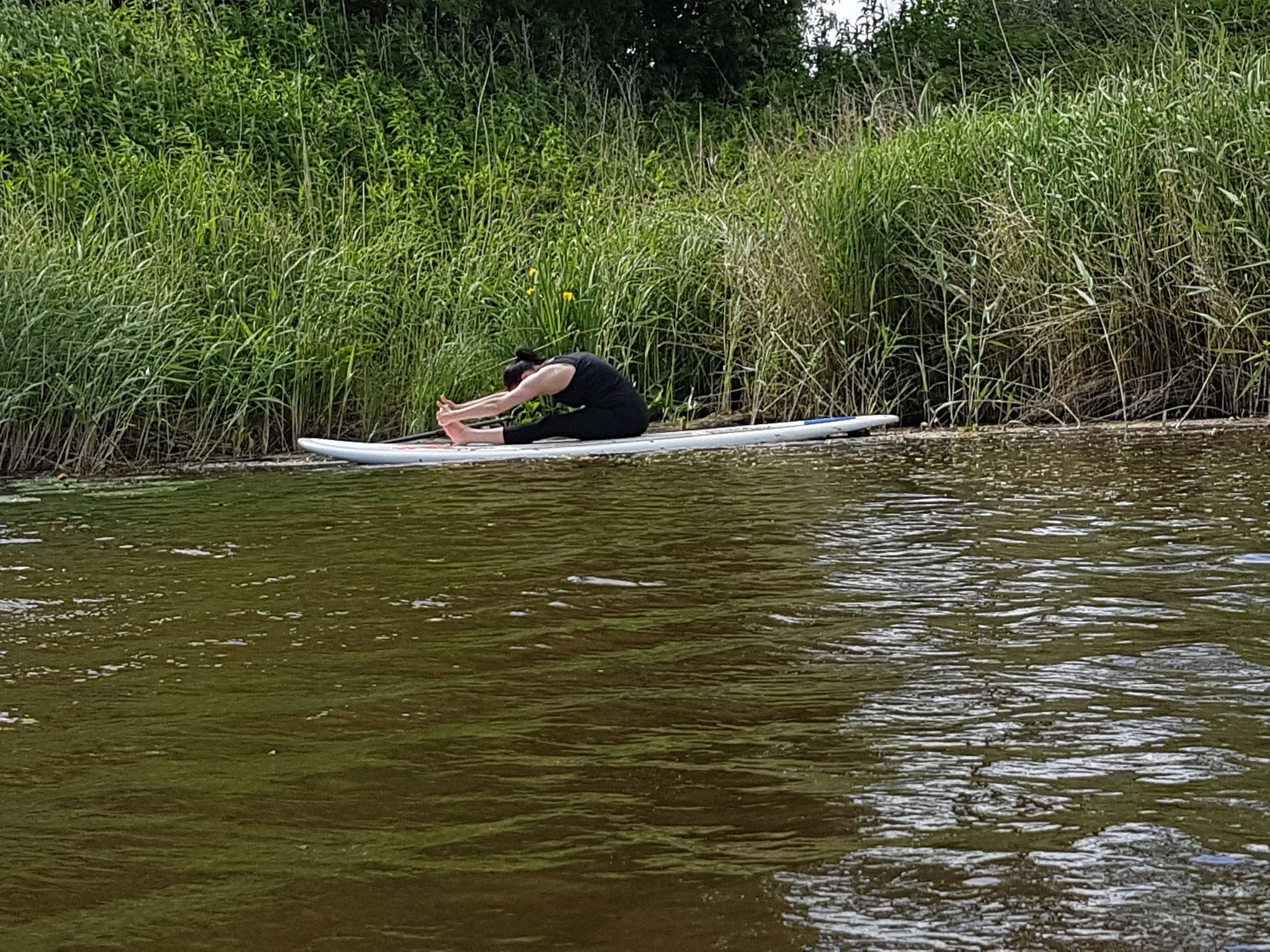 YOGA auf dem SUP Board - für Deine Entspannung & Achtsamkeit