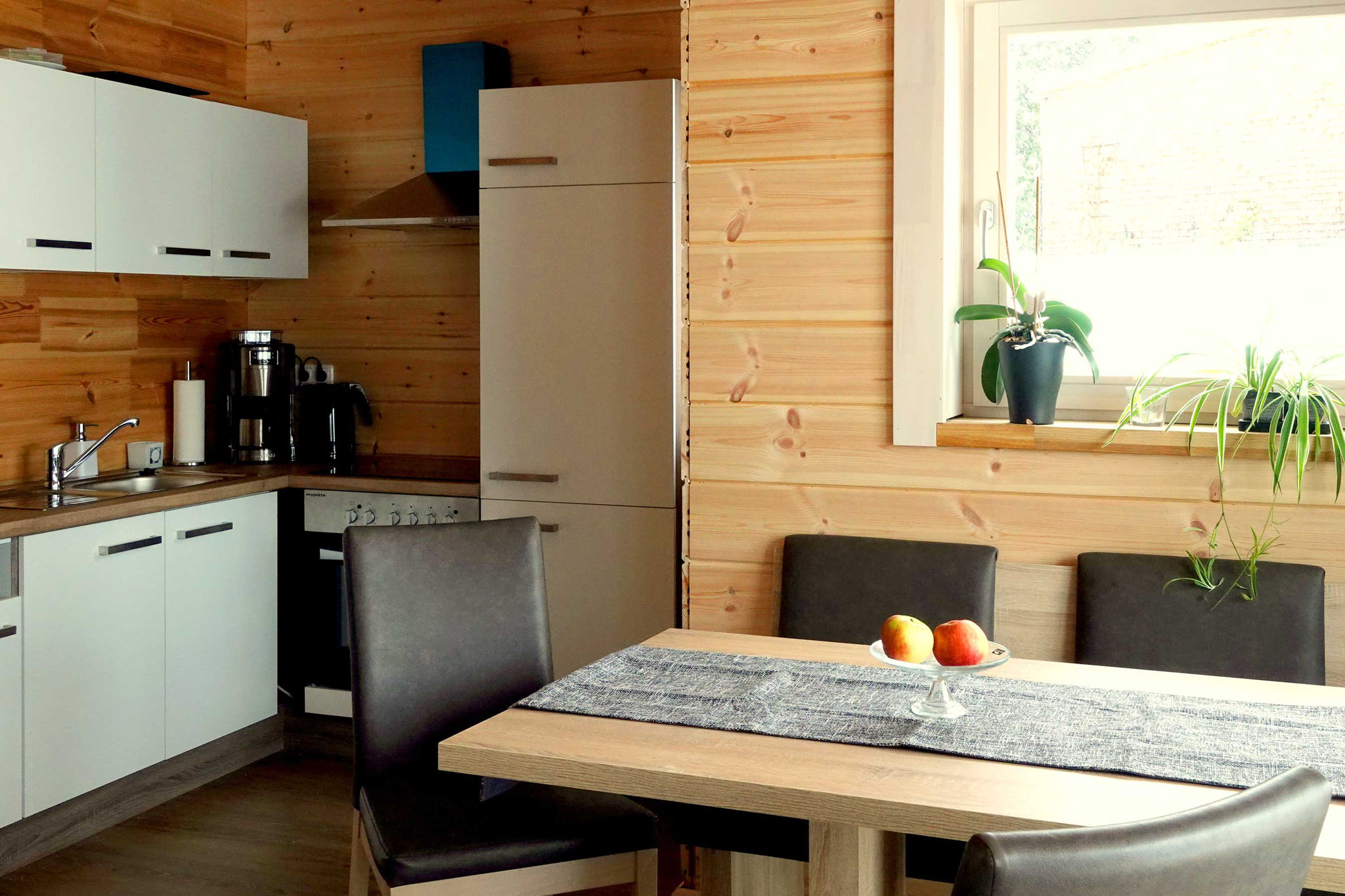 Heidi im Tal, ferienHAUS – FERIENWOHNUNG – Küchenzeile